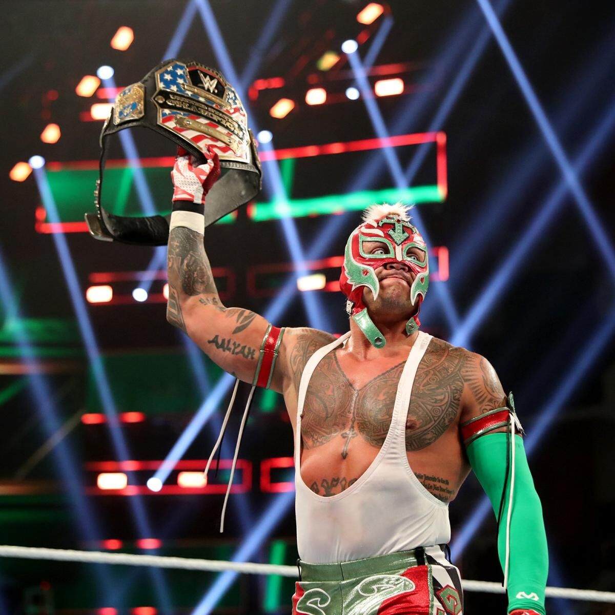 Rey Mysterio gives injury update, should return this summer