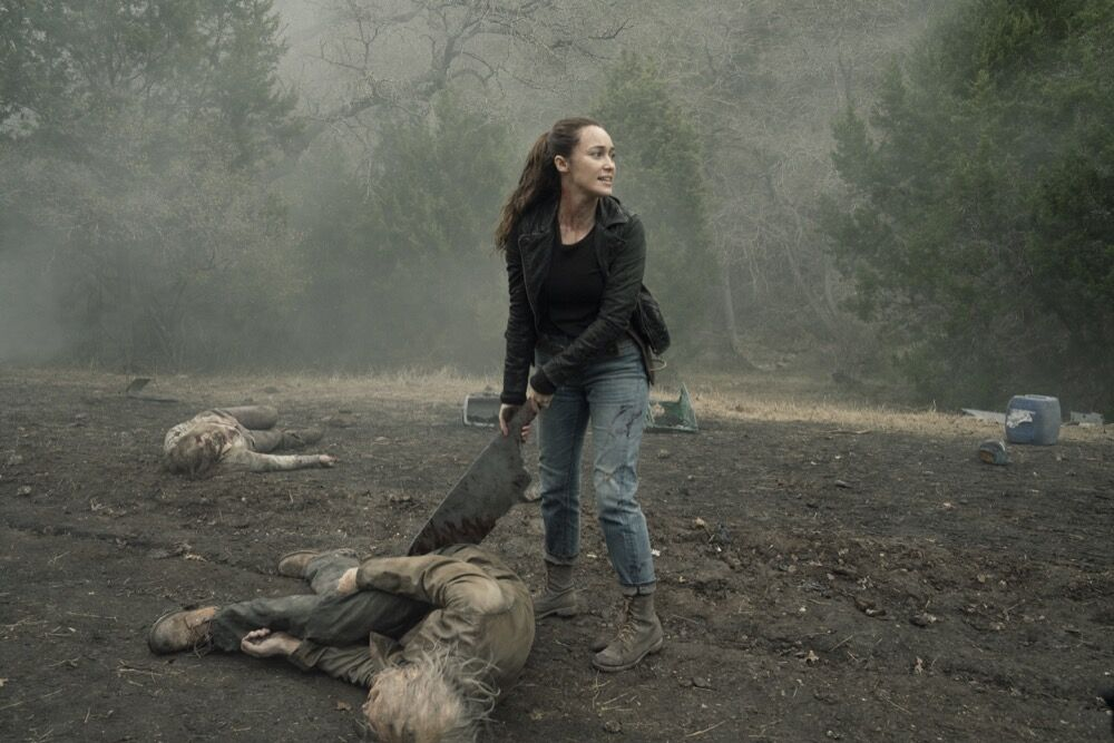 Fear the Walking Dead recap: Alicia goes hack-n-slash in 'Here to Help'