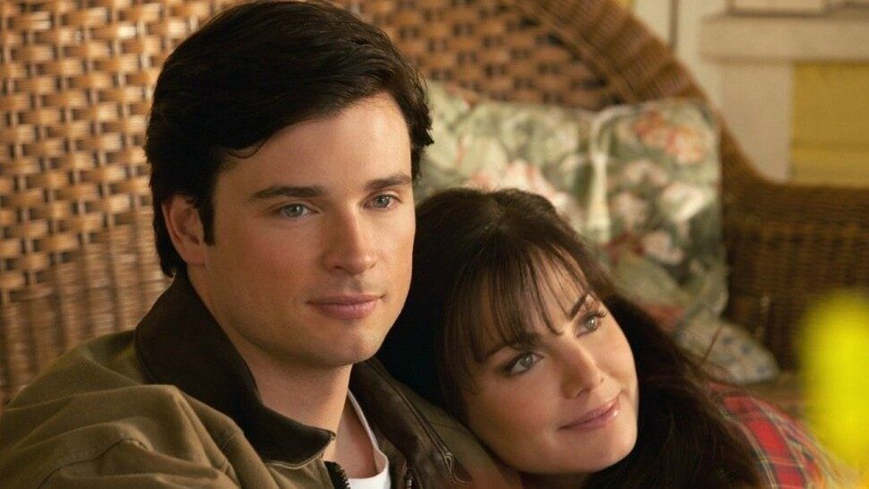 Will Crisis on Infinite Earths finally show Tom Welling in Superman suit?