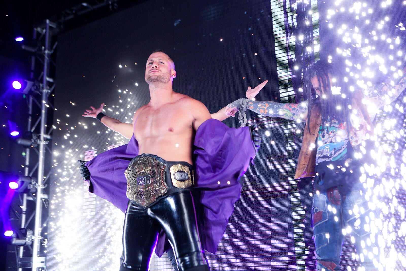 If pro wrestling is thriving, why is Ring of Honor struggling?