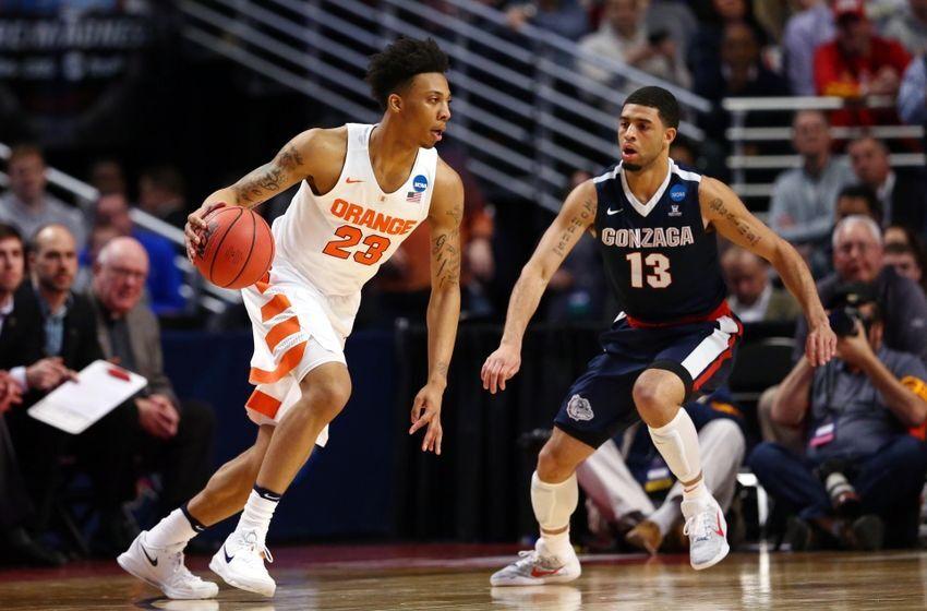 Mar 25 2016 Chicago Il Usa Syracuse Orange Guard Malachi Richardson 23 Dribbles Against Gonzaga Bulldogs Guard Josh Perkins 13 During The First