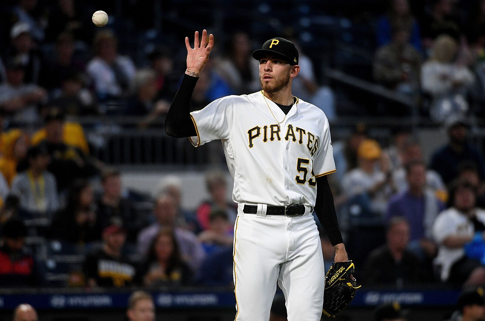 Early/Turbo DraftKings MLB picks August 17: Test Lester