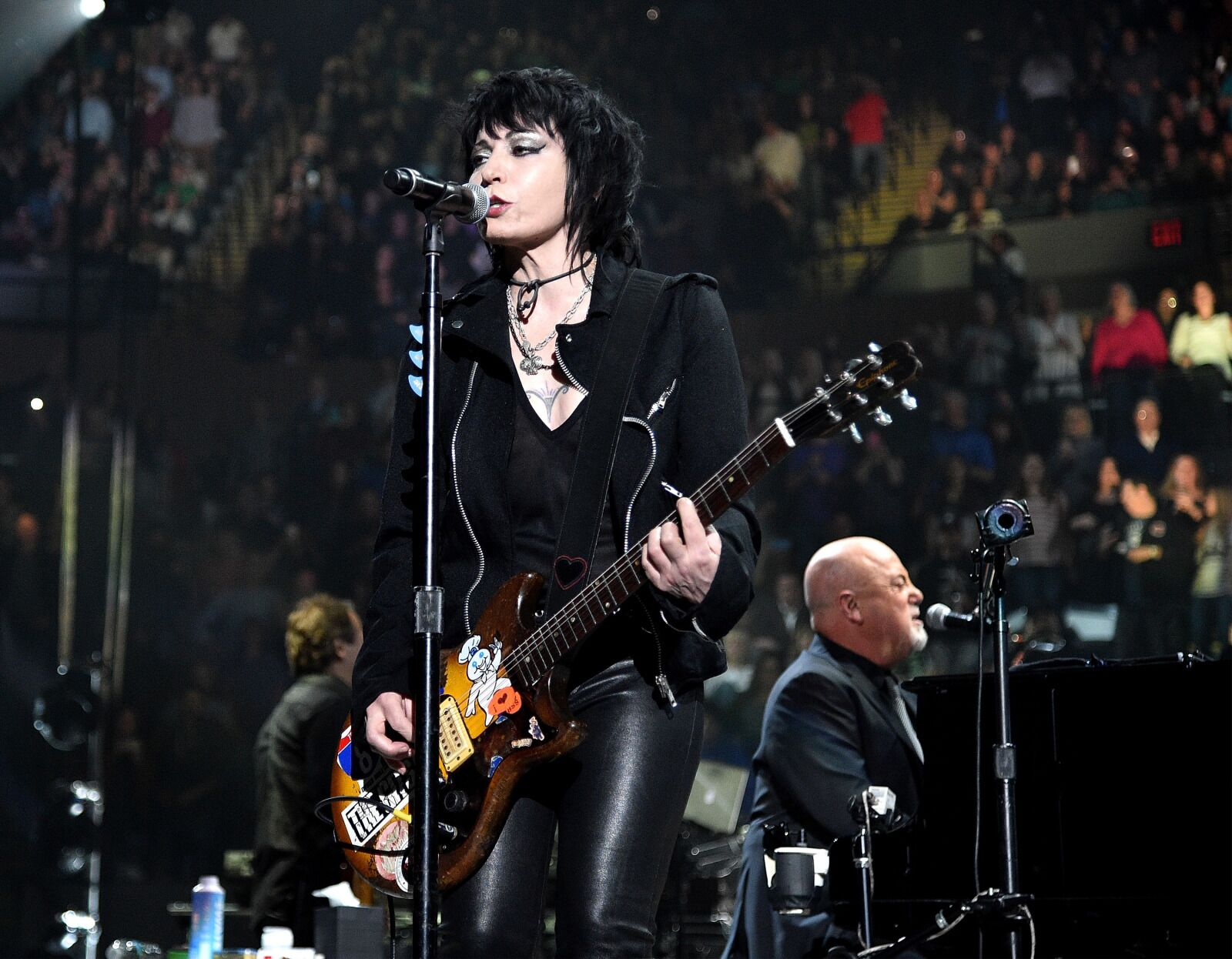 Joan Jett to play Ronda Rousey to the ring at WrestleMania 35