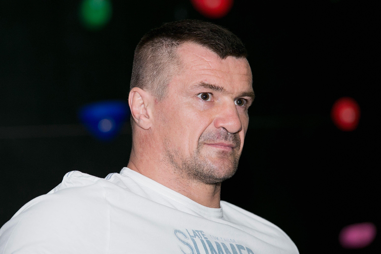 "Mirko ""Cro Cop""u00a0Filipoviu0107 returns to training after stroke"