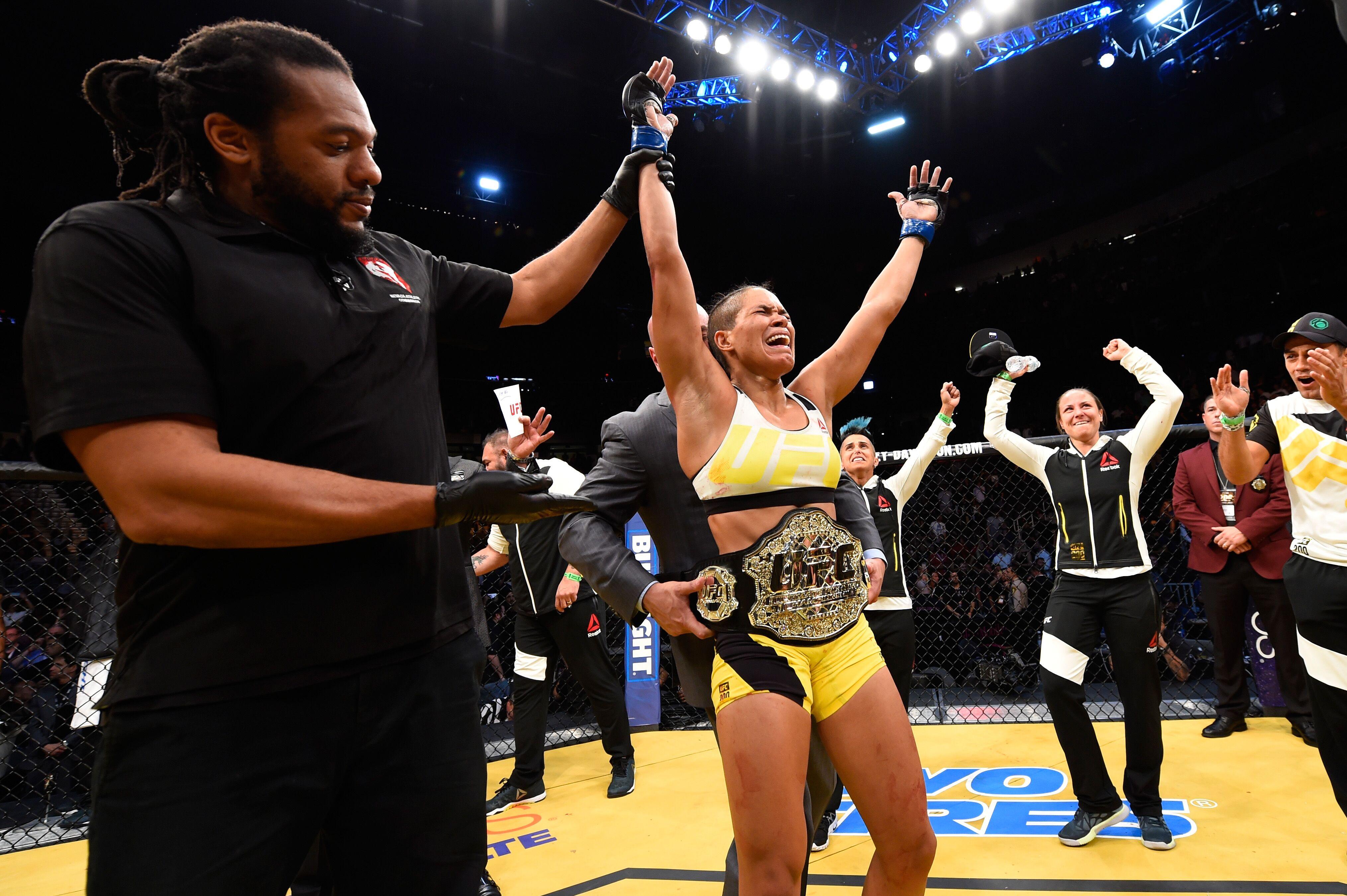 UFC 200: Miesha Tate vs. Amanda Nunes discussion and play