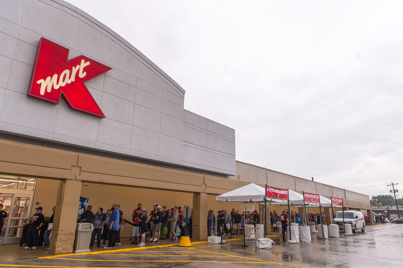 Is Kmart open on Christmas?