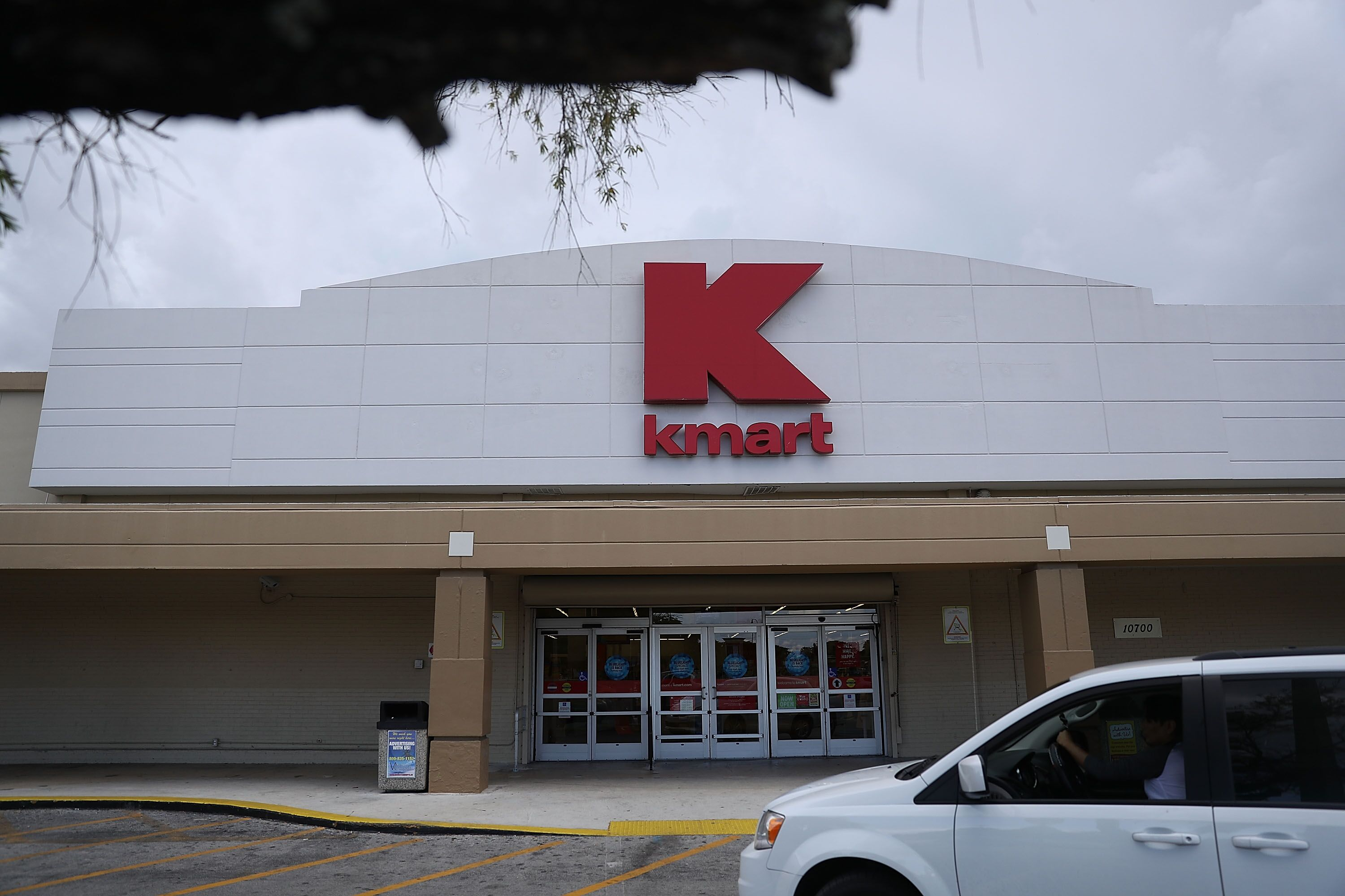 What time does Kmart open the day after Christmas?