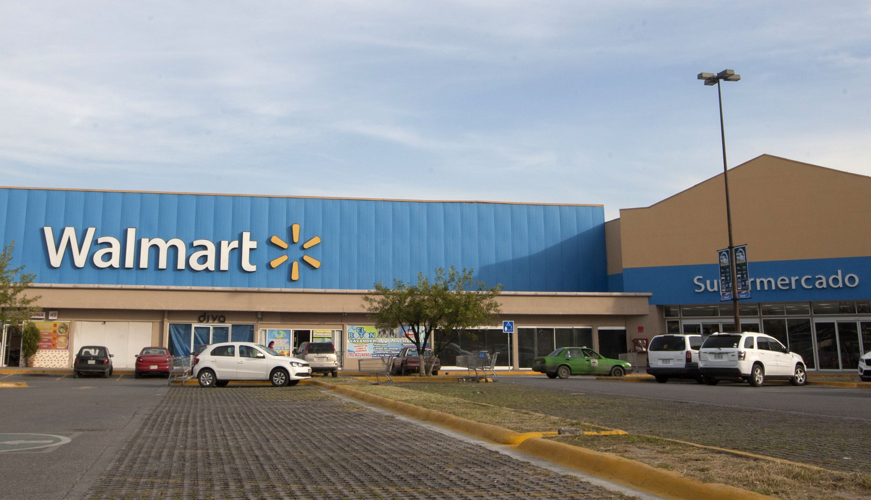 what time does walmart open the day after christmas - What Time Is Walmart Closing On Christmas Eve