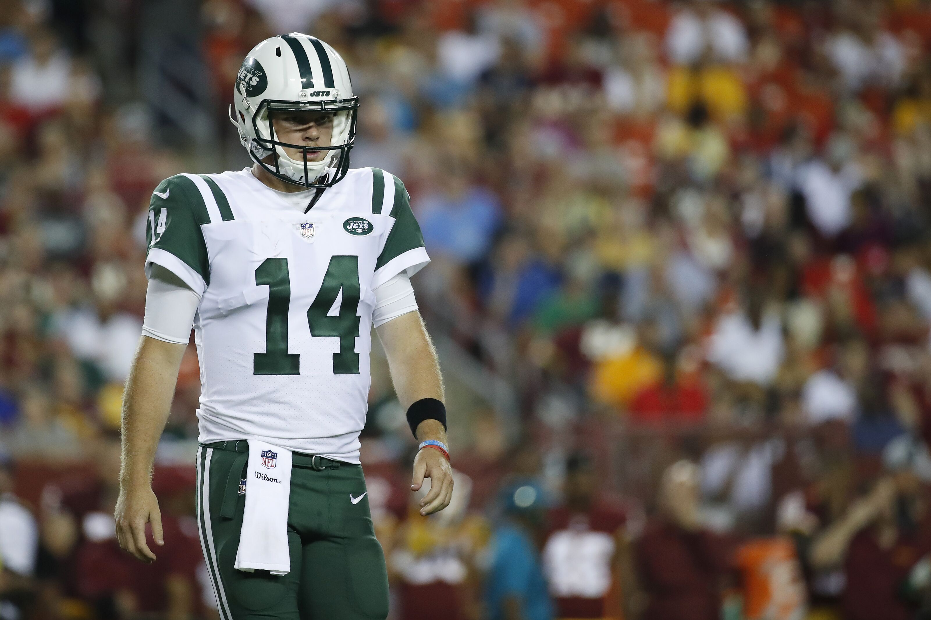 87d2b7ae4b3 Jets drop major hint about Sam Darnold's status for Week 1 - NFL News