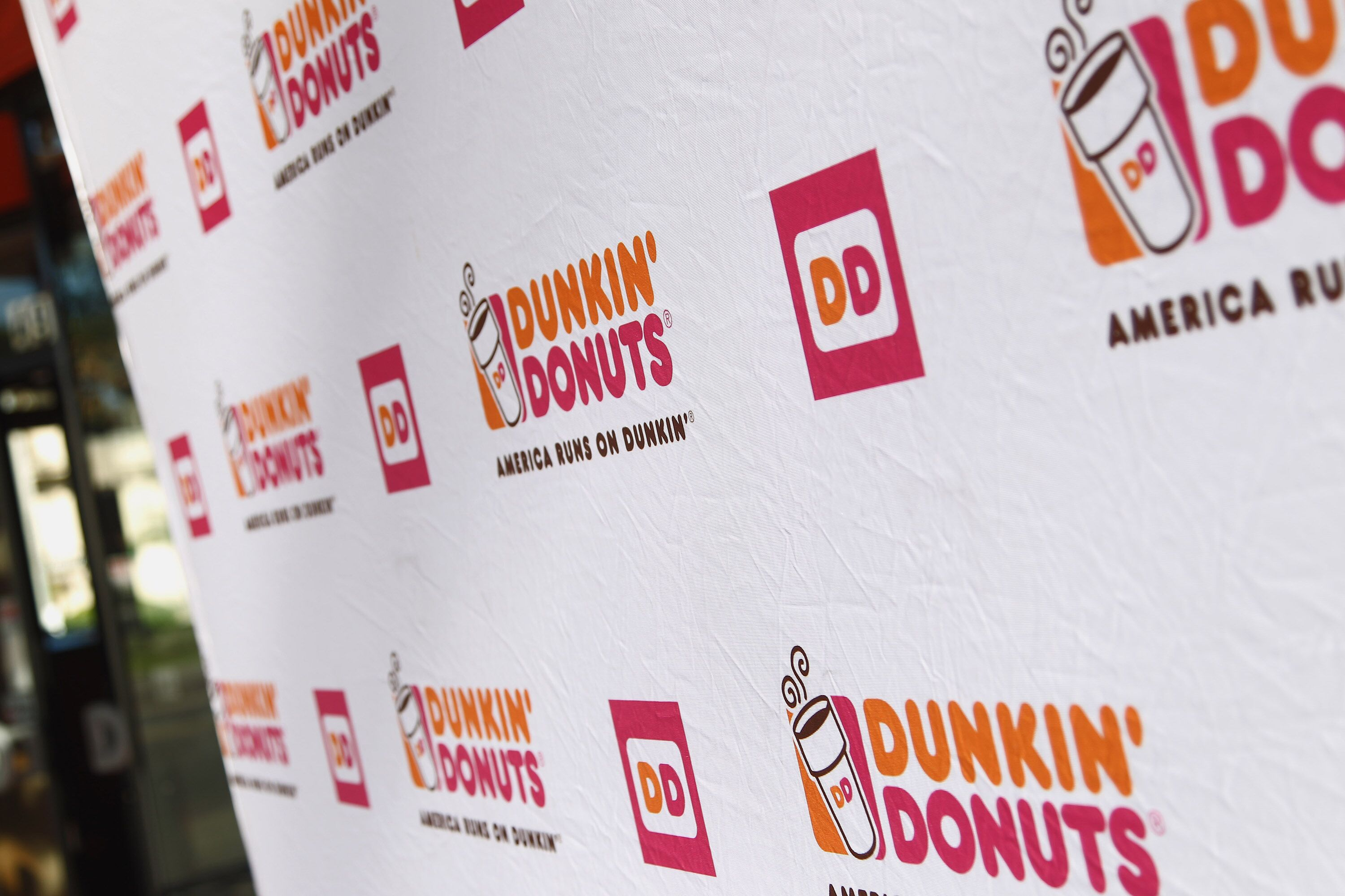 Is Dunkin\' Donuts open on 4th of July?