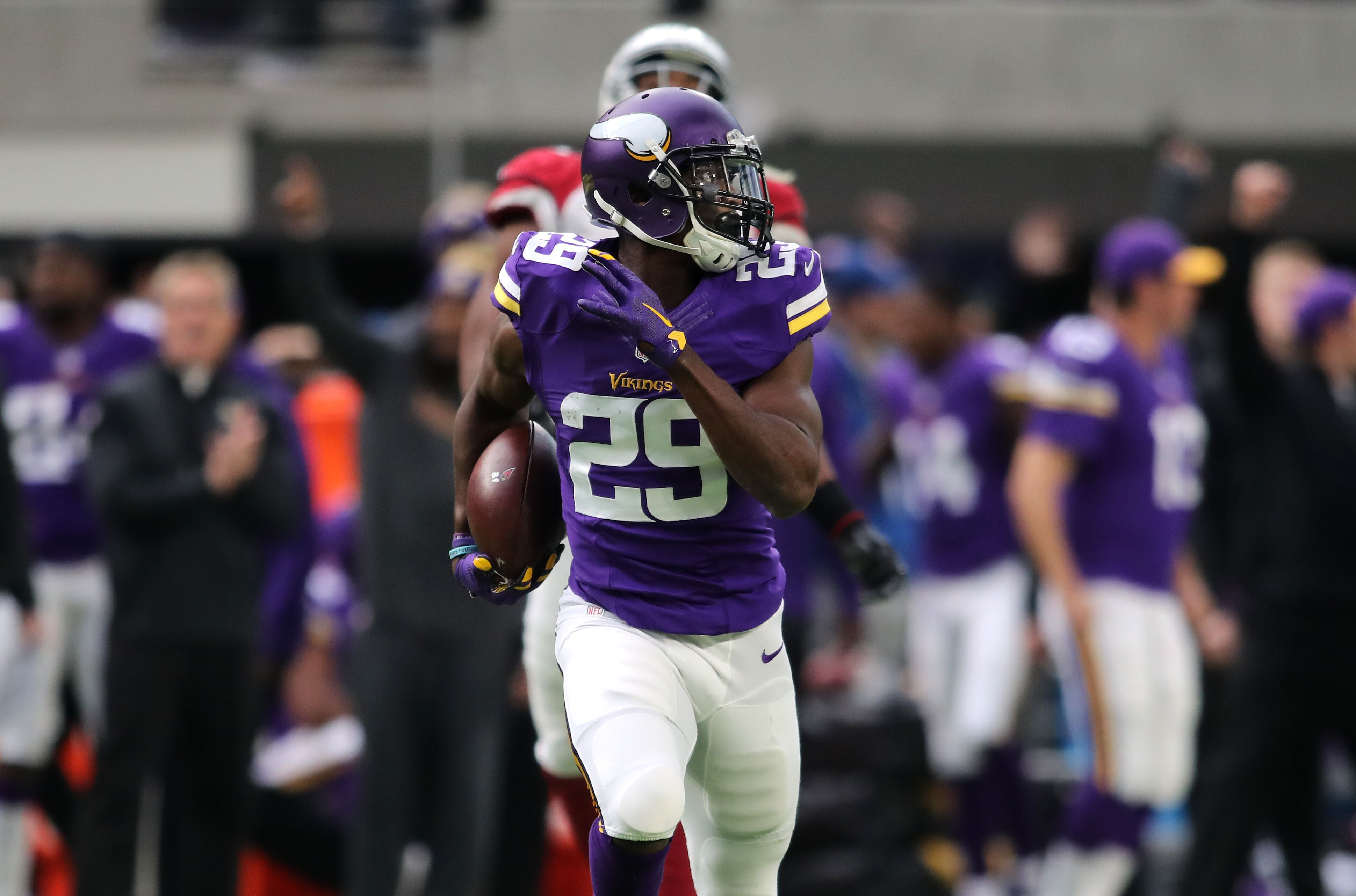 Cornerback Xavier Rhodes agrees five year extension with Vikings