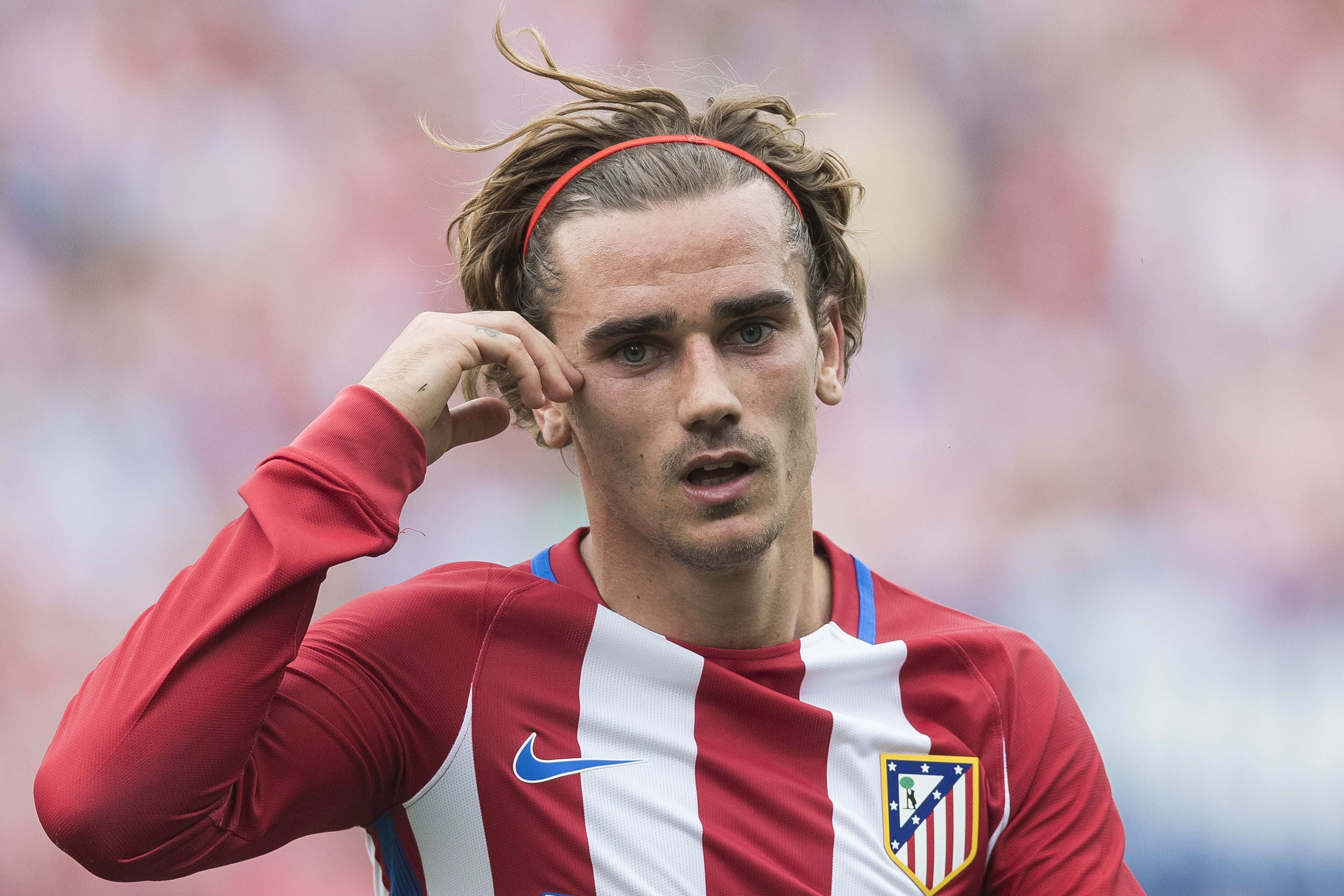 The 16 best soccer haircuts  of all time Page 4
