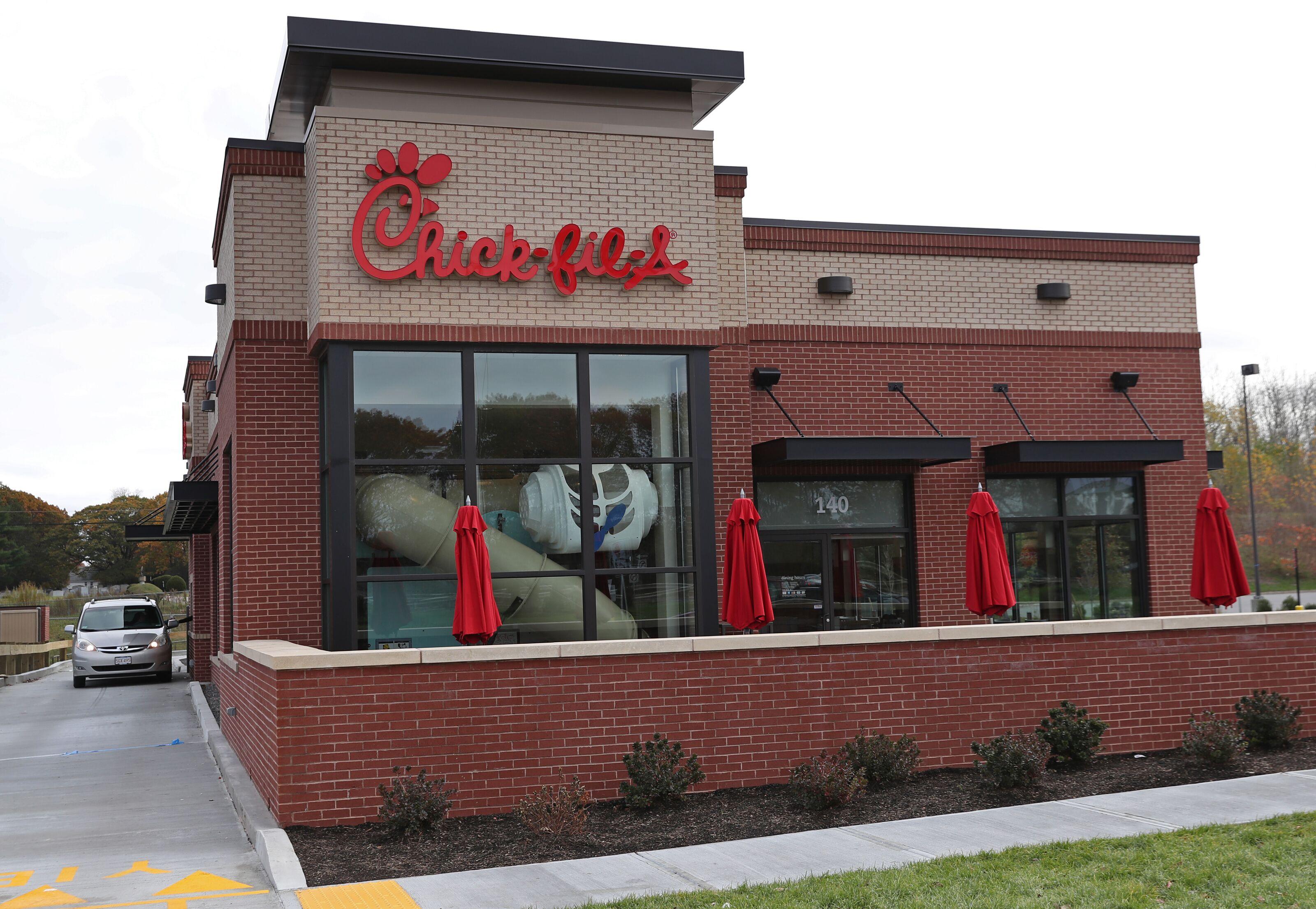 "With the whole ""closing on Sundays"" thing though, it's a fair question to ask if Chick-fil-A is open on the 4th of July Fear not chicken fans, Chick-fil-A will be open on July 4 of , though with shortened hours. Per a press release from the company, all locations will ."