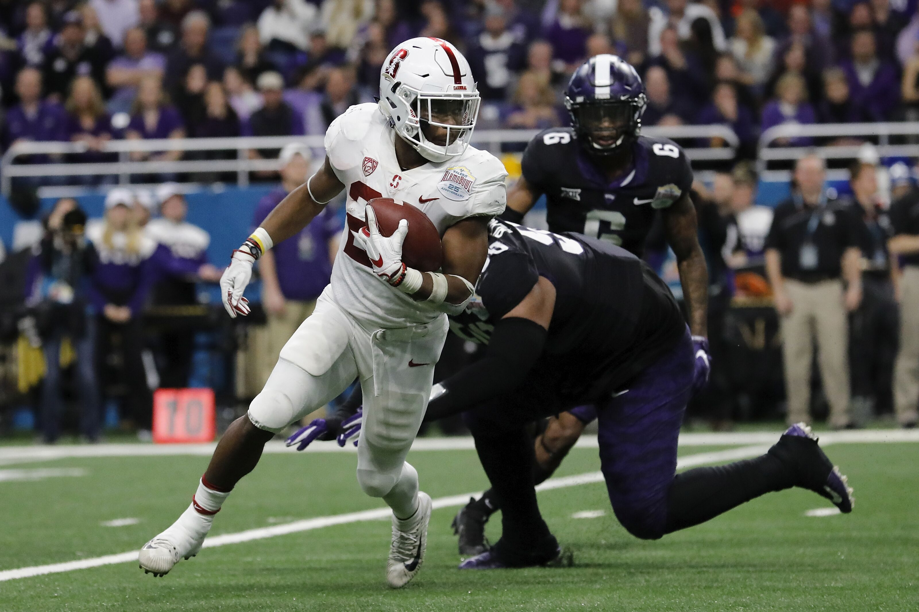 Early Heisman voting odds show Love to Stanford running back
