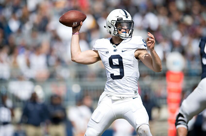 3929e64379b UNIVERSITY PARK, PA – APRIL 21: Penn State QB Trace McSorley (9) throws a  pass from the pocket during the Spring Football Game on April 21, 2018 at  Beaver ...
