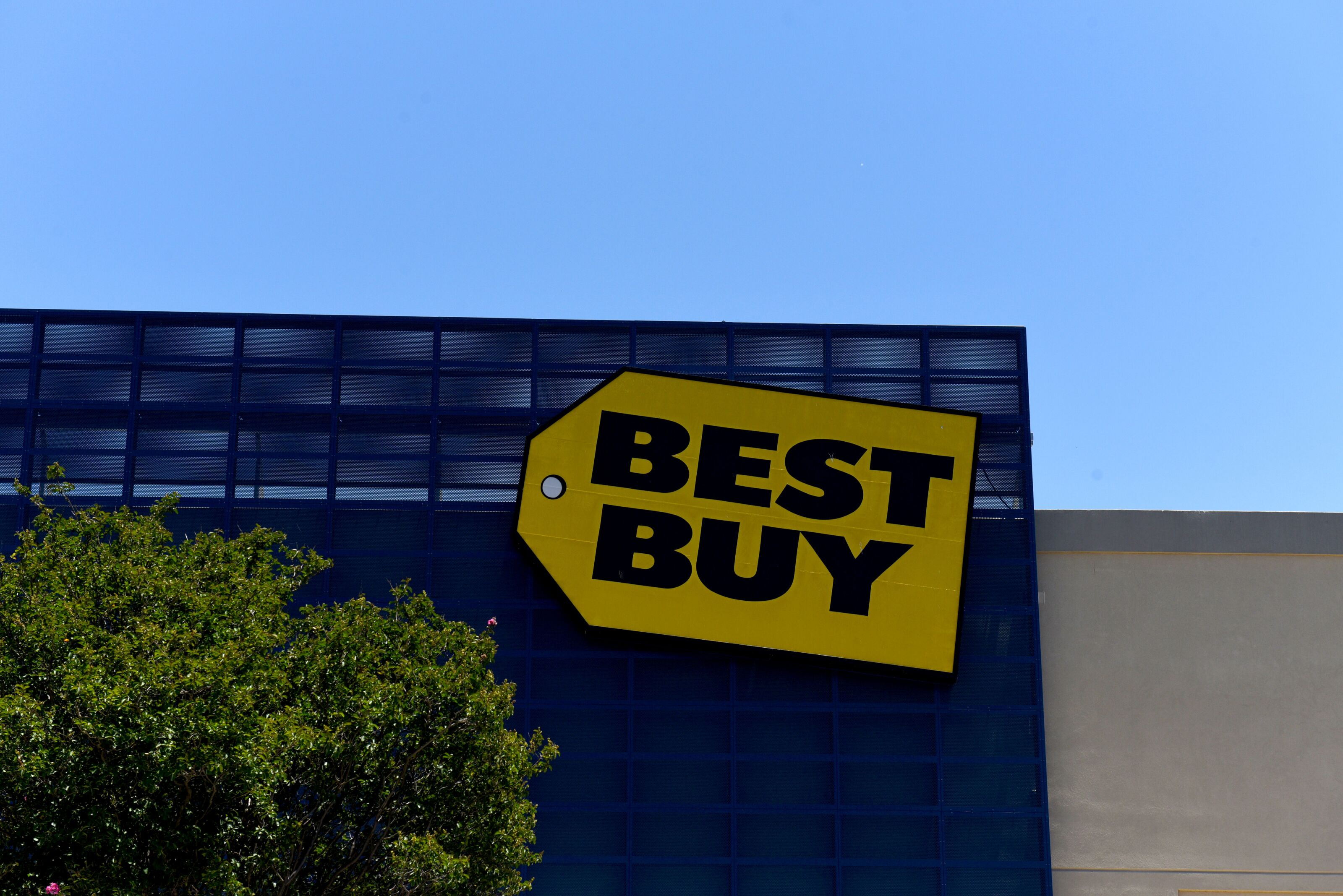 7 items· Find 42 listings related to 24 Hour Best Buy in Chicago on bestkfilessz6.ga See reviews, photos, directions, phone numbers and more for 24 Hour Best Buy locations in Chicago, IL. Start your search by typing in the business name below.