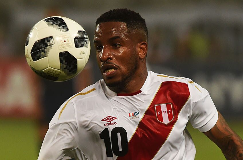 d10eb45dc50 Peru´s Jefferson Farfan controls the ball during their friendly match  against Scotand prior to Russia 2018 World Cup played at the National  Stadium in Lima ...