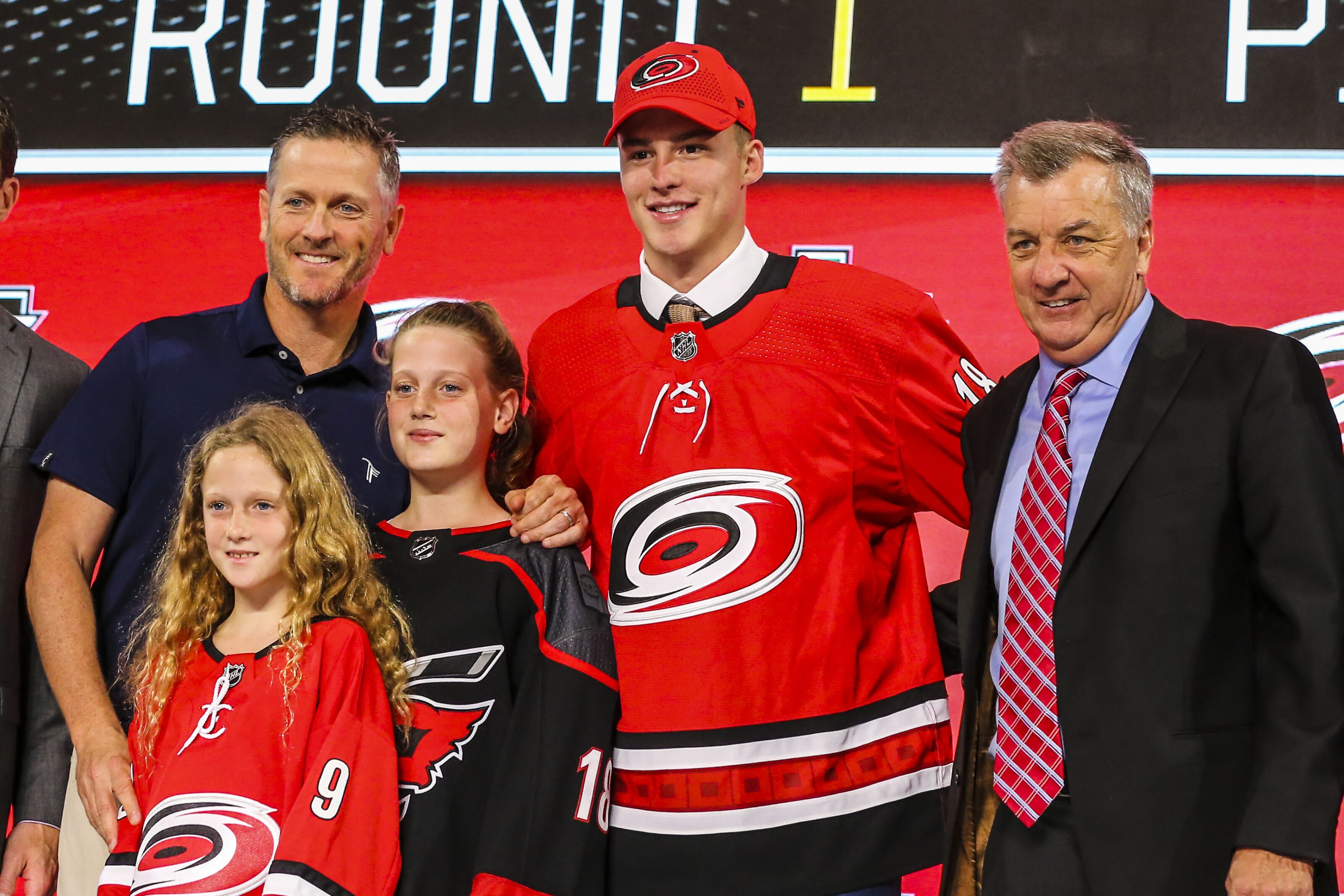 premium selection 15f28 7216f Andrei Svechnikov signs contract with Hurricanes in front of ...