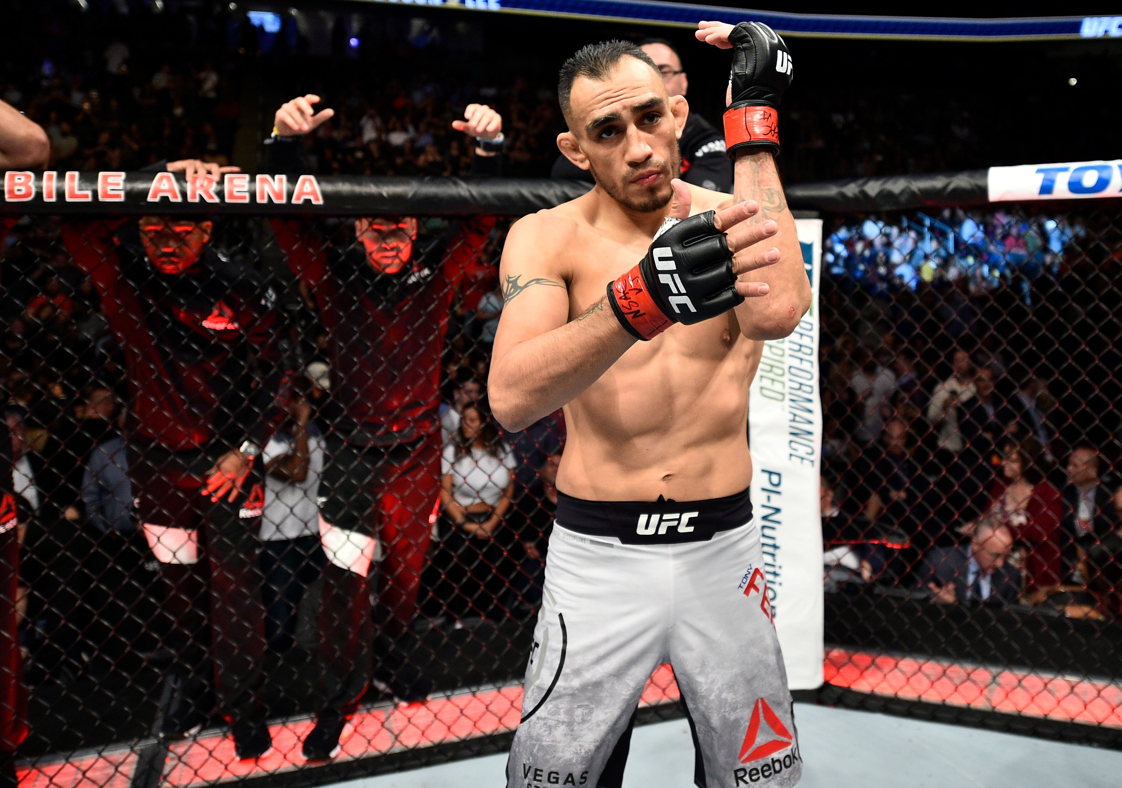 UFC 216: Tony Ferguson submits Kevin Lee to win interim UFC title