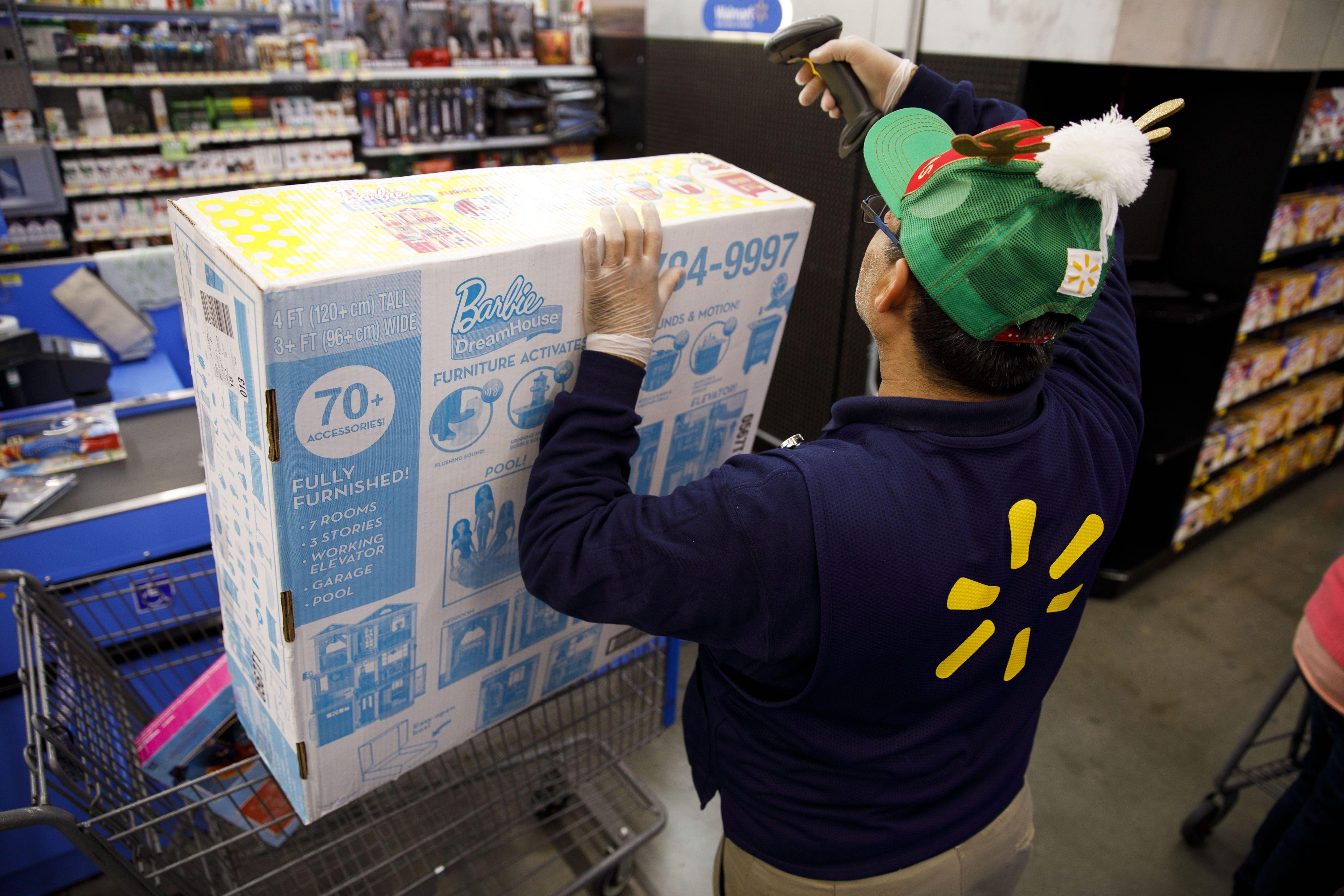 Store Thanksgiving hours 2017: Is Walmart open?