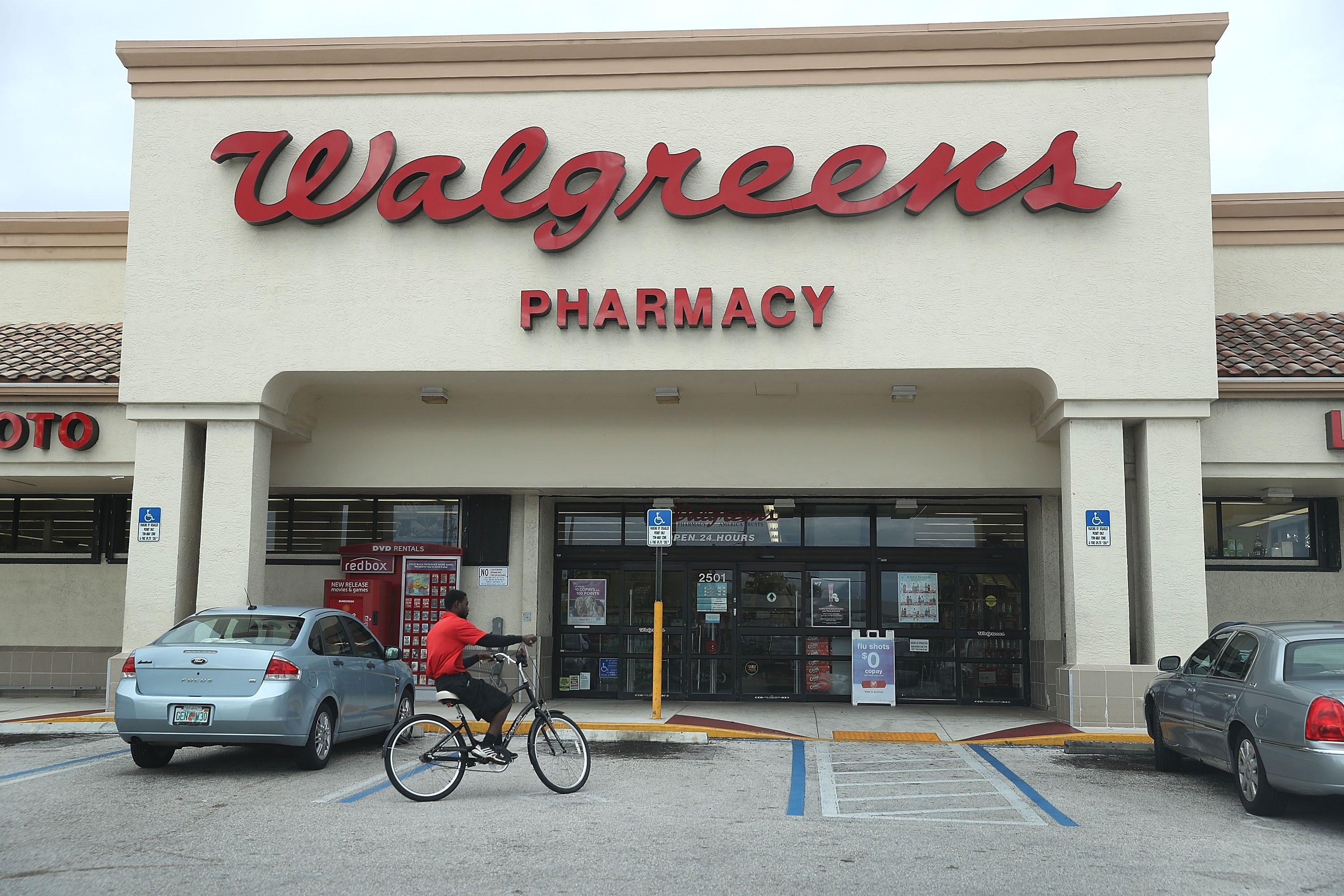is walgreens open on christmas eve - Walgreens Christmas Commercial