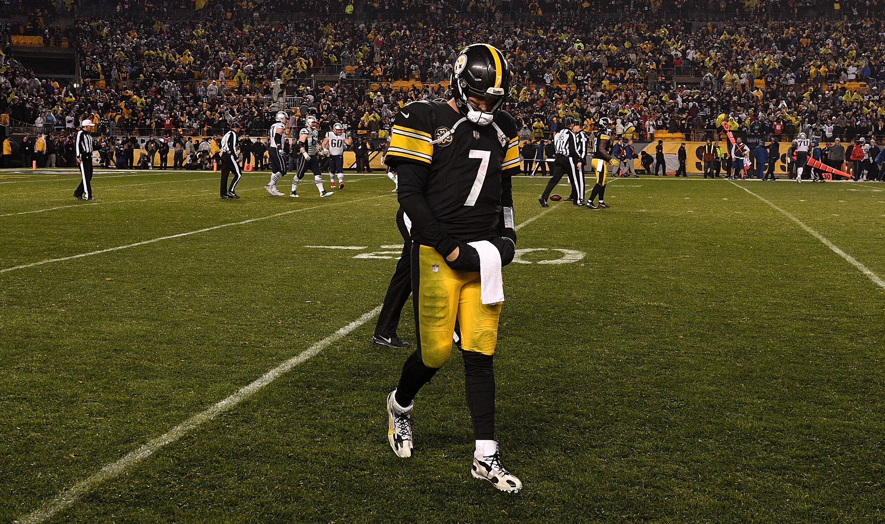 Steelers Outsmart Themselves Lose Controversial Game To
