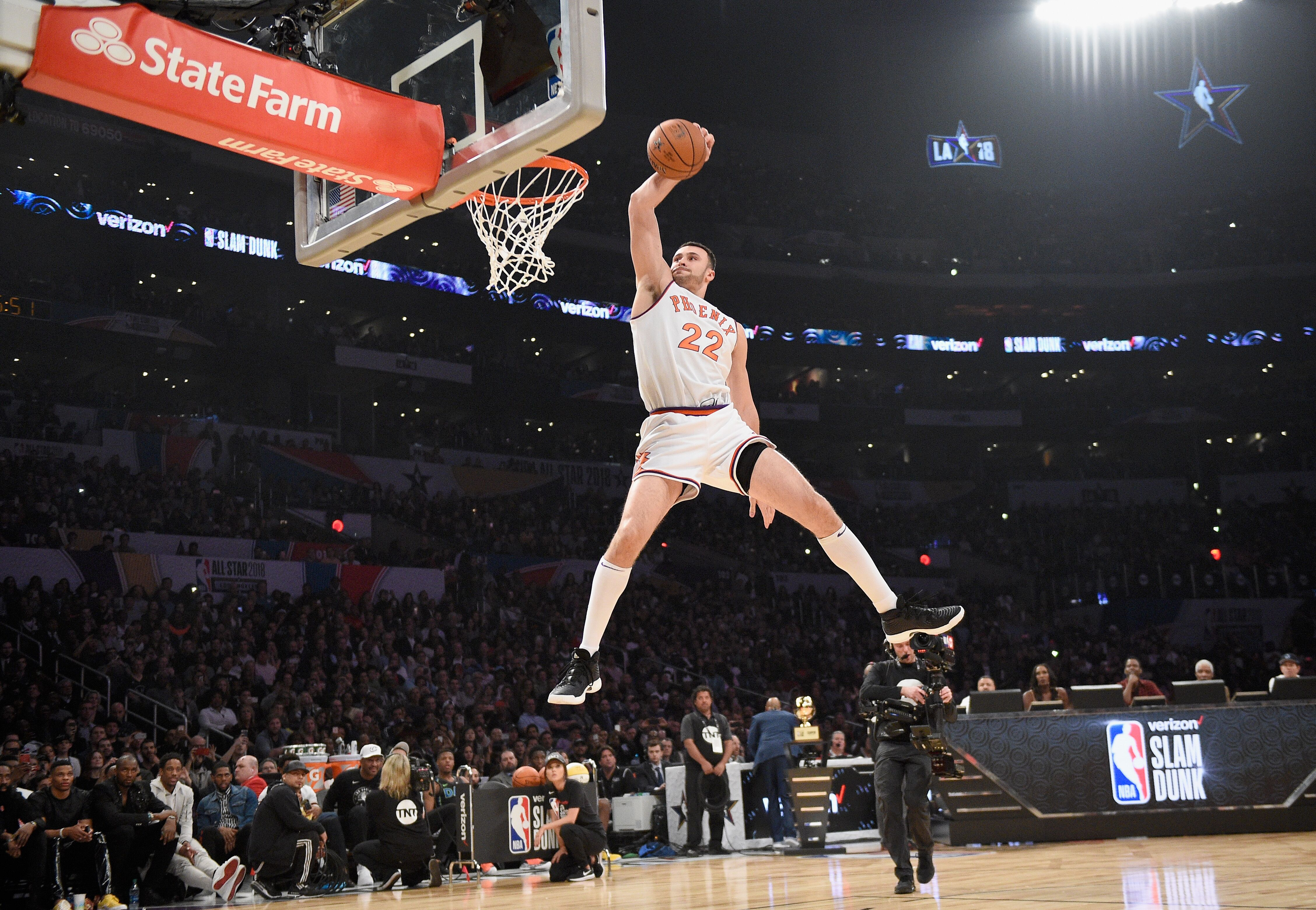 Larry Nance Jr. was robbed in the Slam Dunk Contest