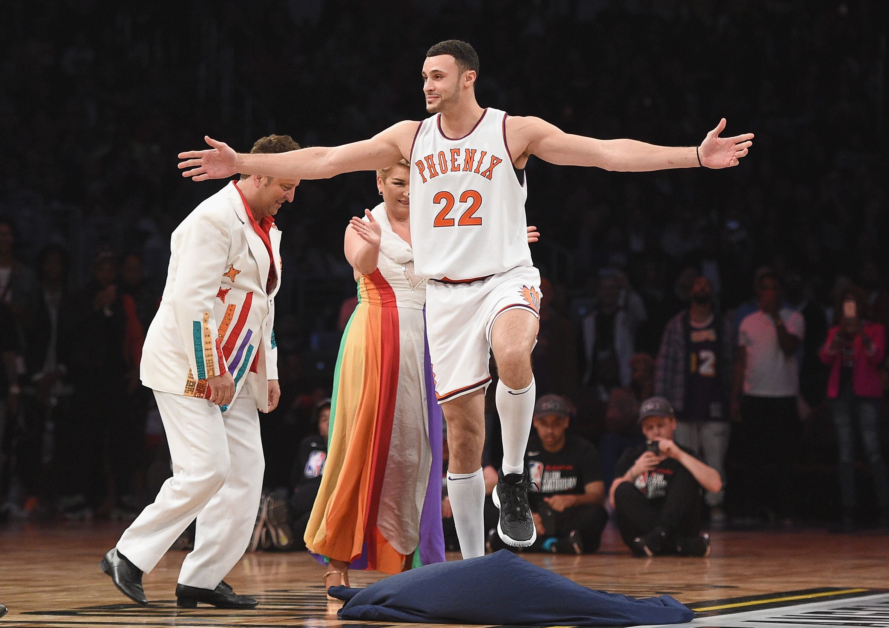 d403cf78b Larry Nance Jr. to wear dad s number with Cavaliers