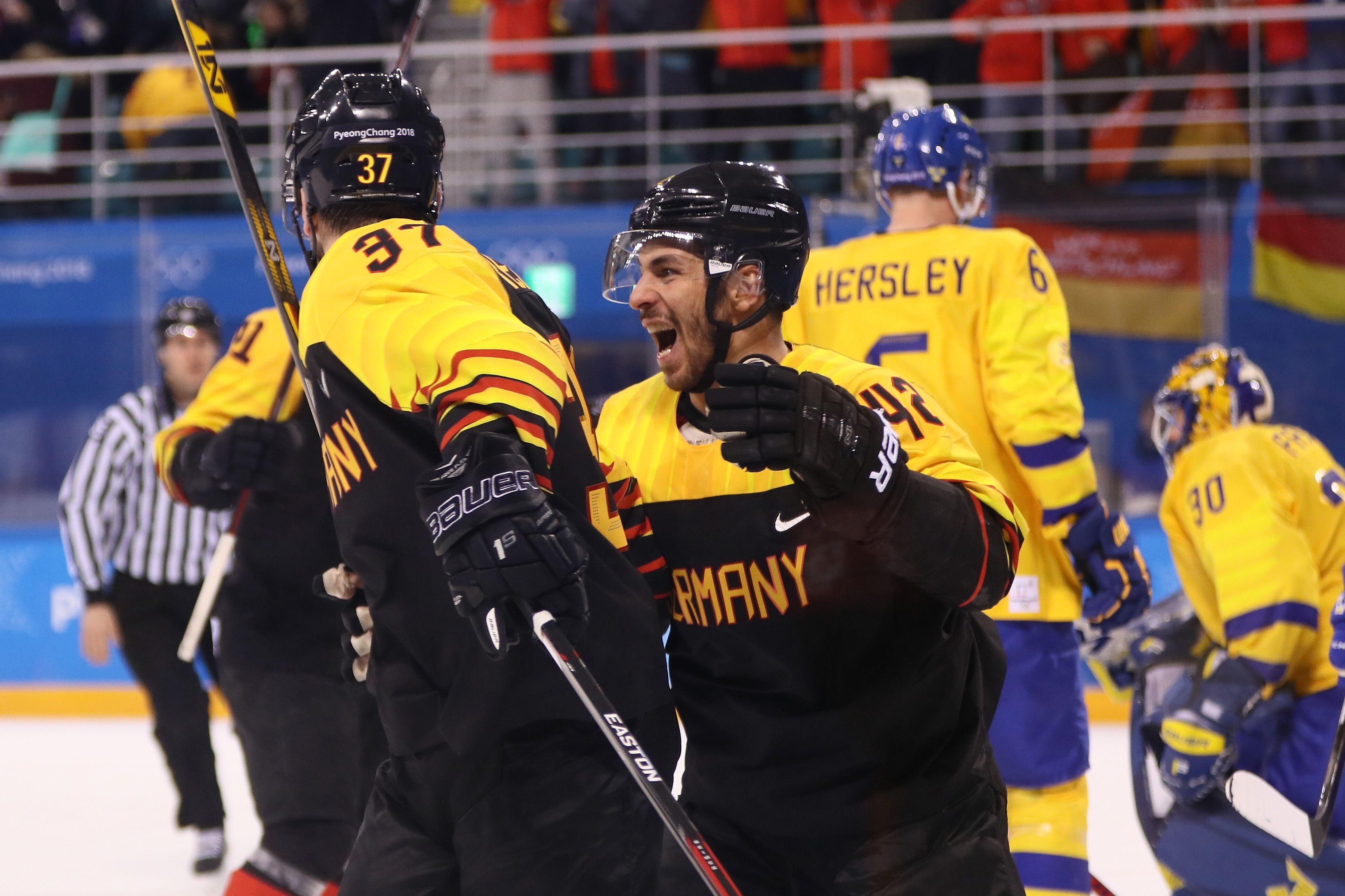 Olympics Men's hockey quarterfinal, Sweden vs. Germany ...
