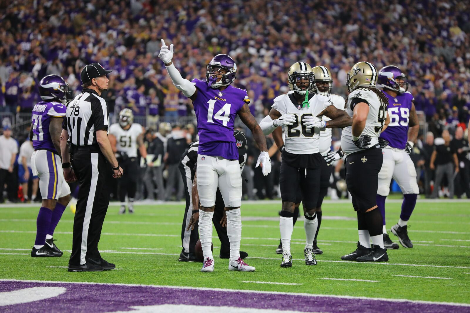Vikings, Eagles top the board - Football Today News