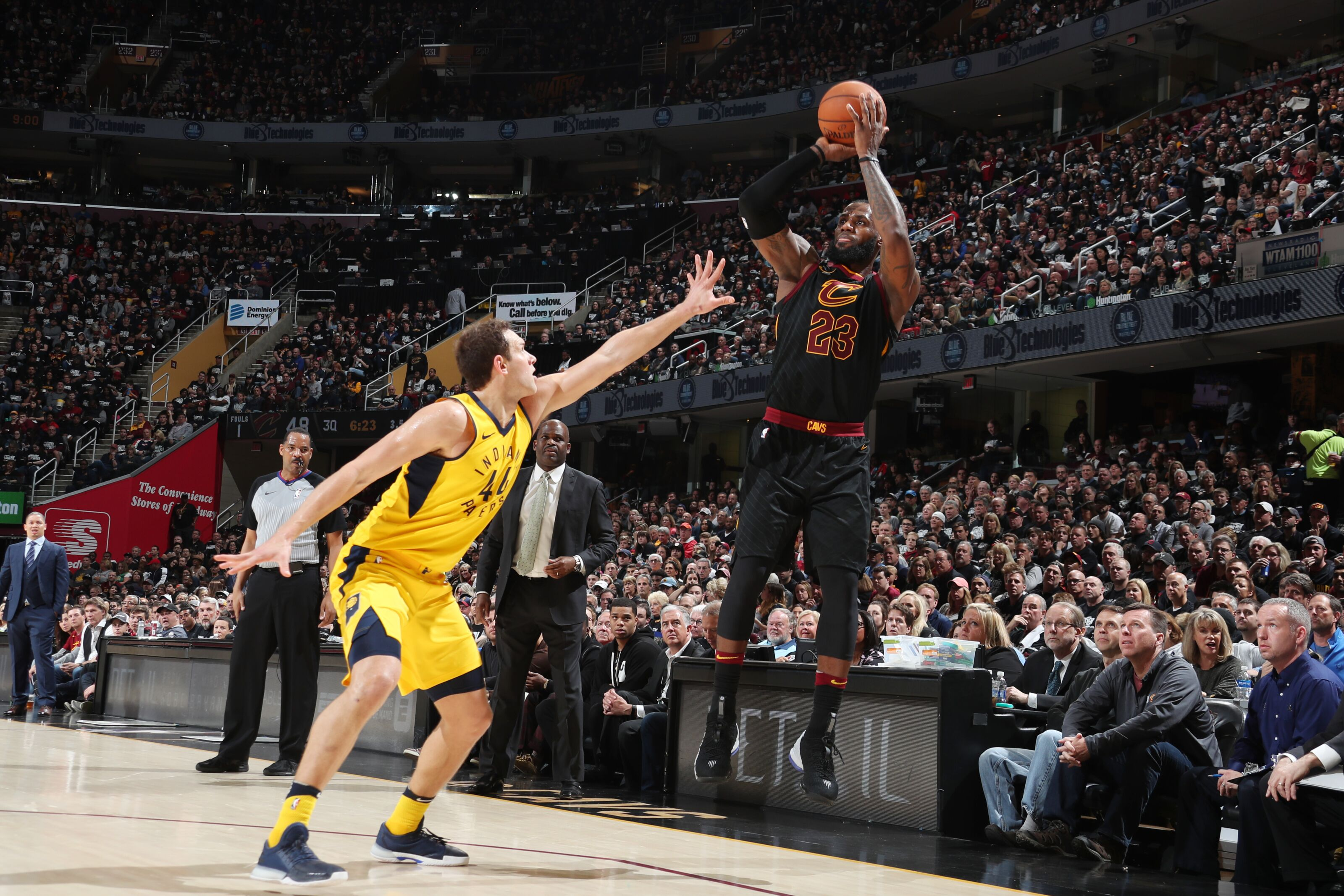 6c800e52d How the Pacers contained LeBron James and the Cavaliers in Game 1