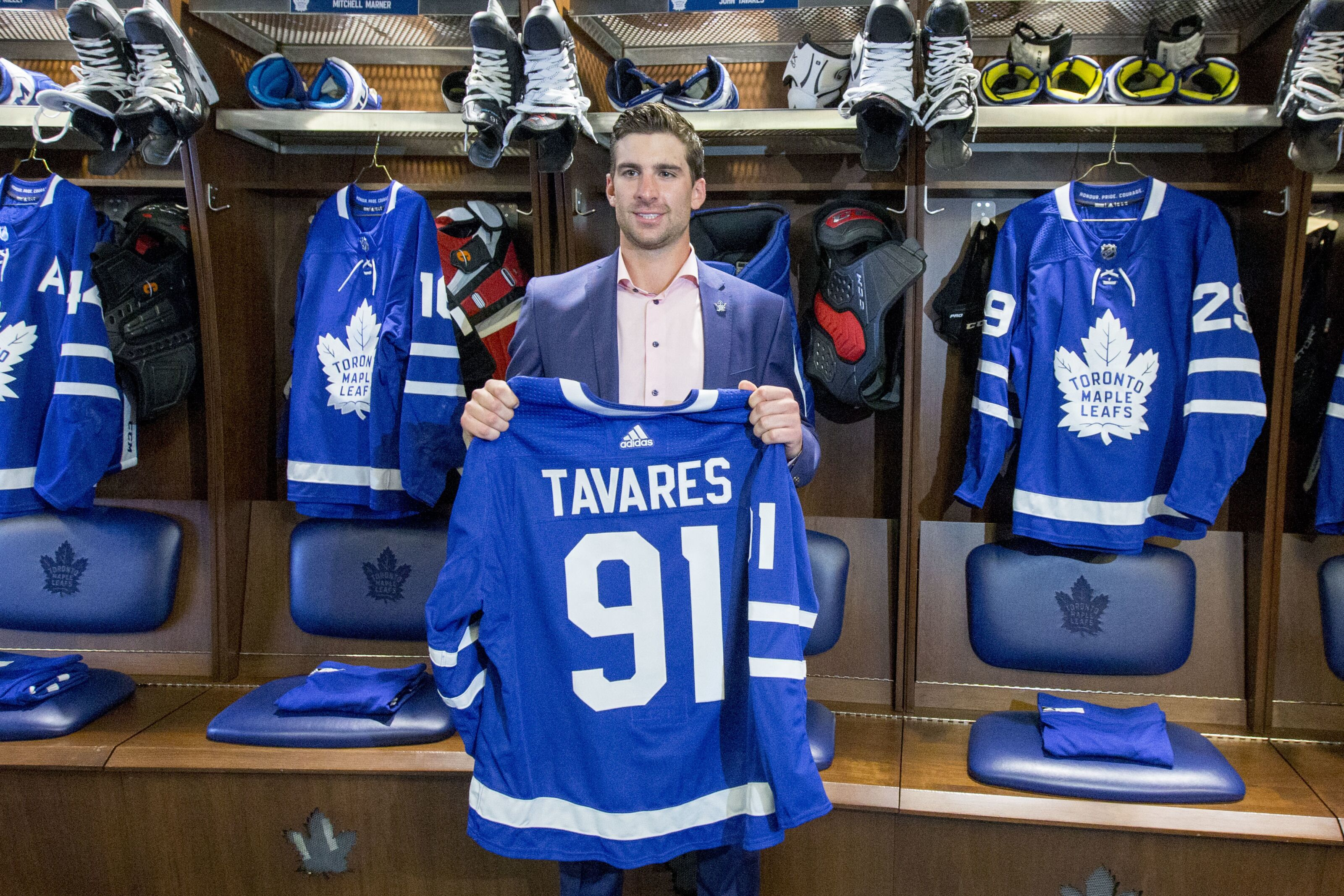 06465641e John Tavares makes the Maple Leafs the 2019 Stanley Cup favorites