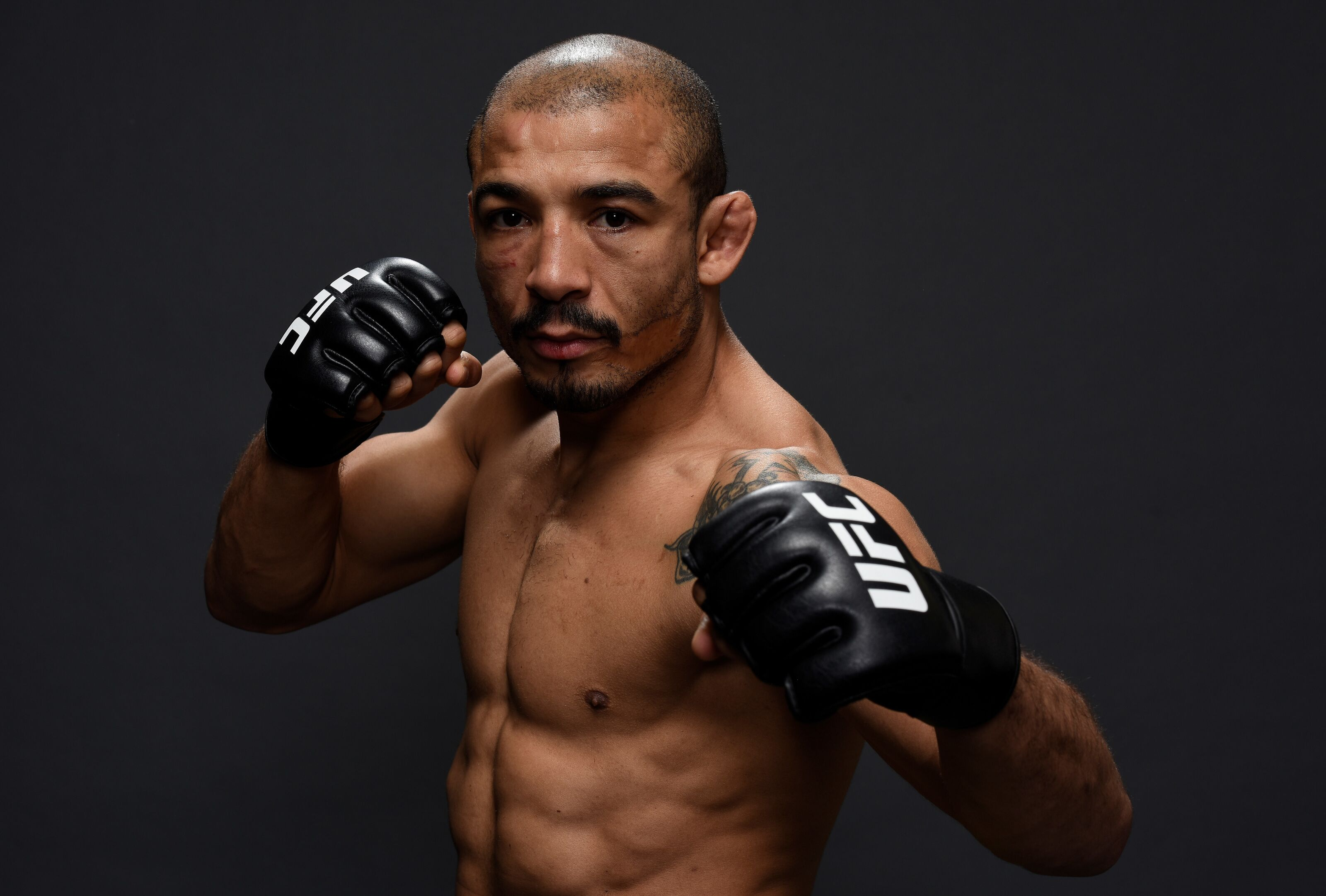 Jose Aldo not retiring, signs contract extension