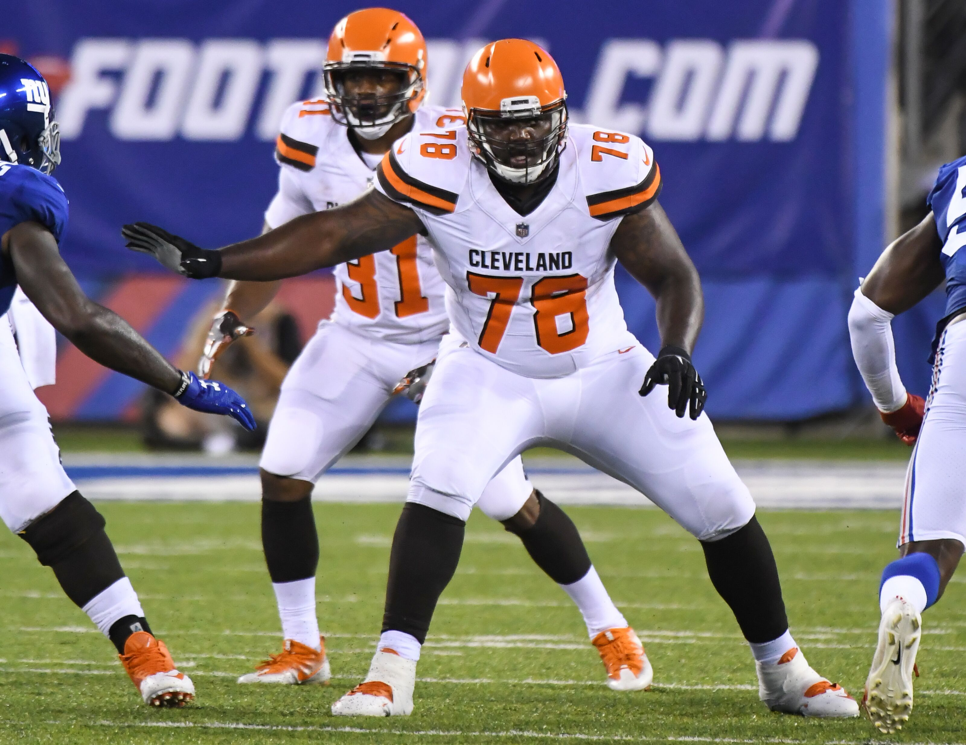 Greg Robinson has no idea what's going on (Video)