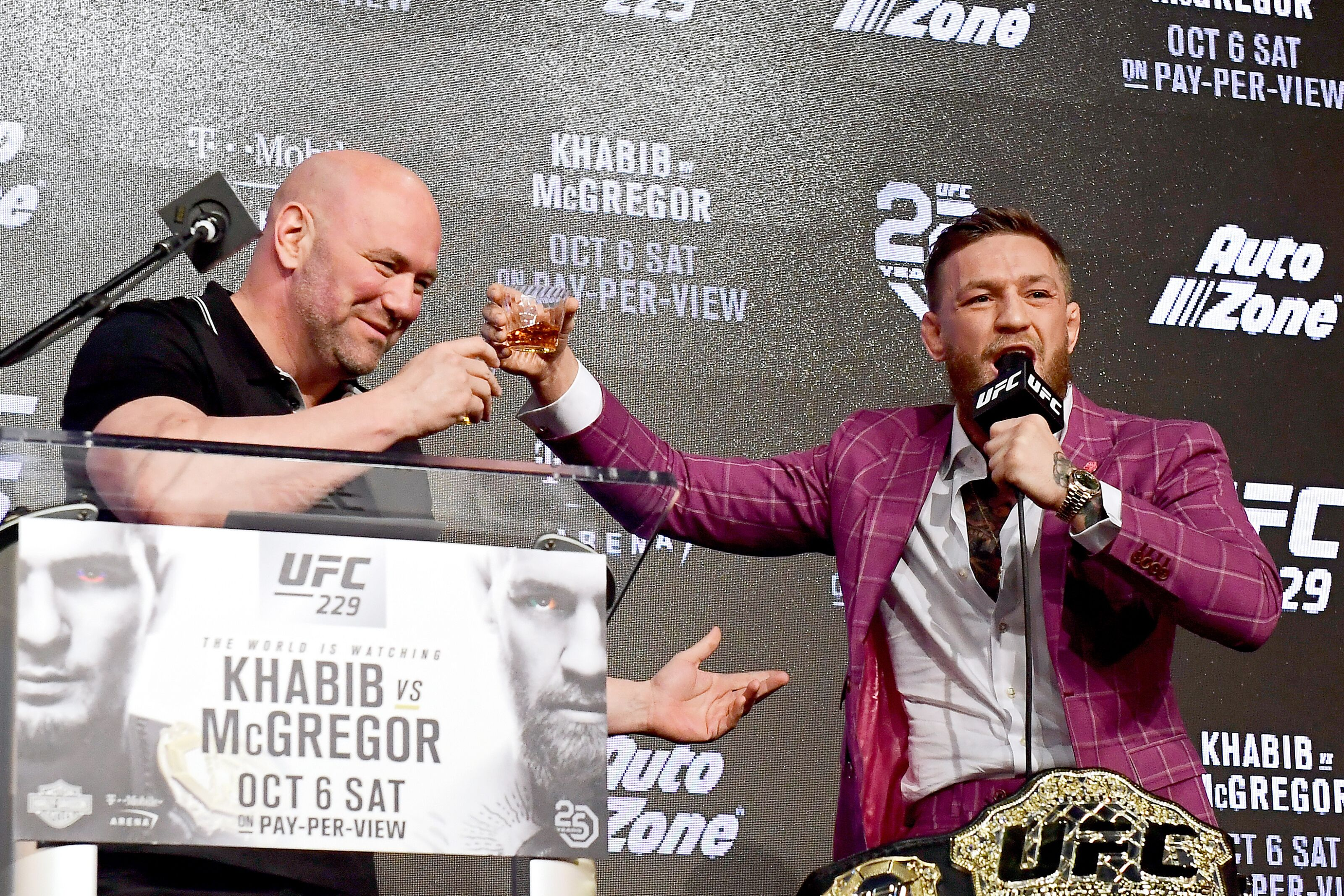 Dana White says Conor McGregor will fight on Dec. 14 in Las Vegas or 'early next year'