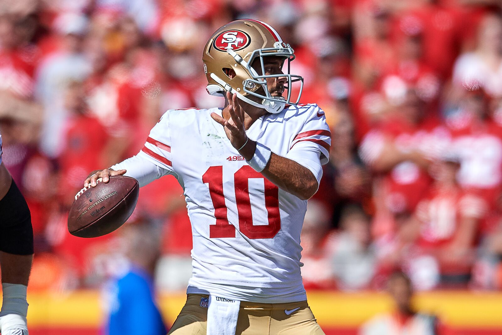 fa5fc3e8 NFL News: 49ers finally give Jimmy Garoppolo the green light