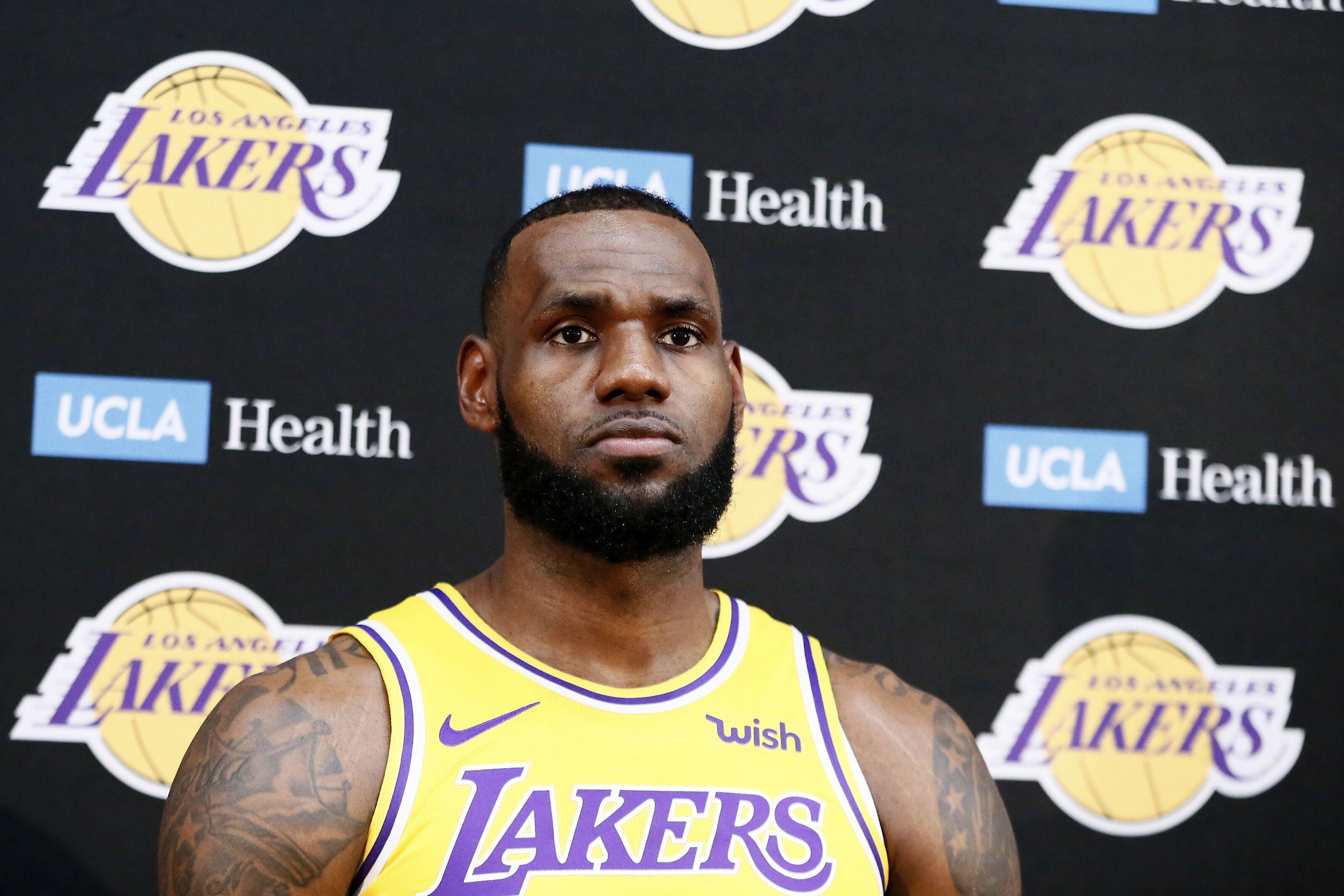 cde41d4a7e2e NBA Season Preview 2018-19  The King has arrived