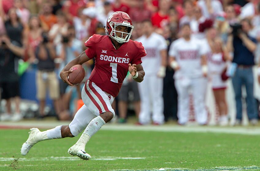 9d0f192d35c4 ... 06  Oklahoma Sooners quarterback Kyler Murray (1) heads to the end zone  during the Big 12 Conference Red River Rivalry game against the Texas  Longhorns ...