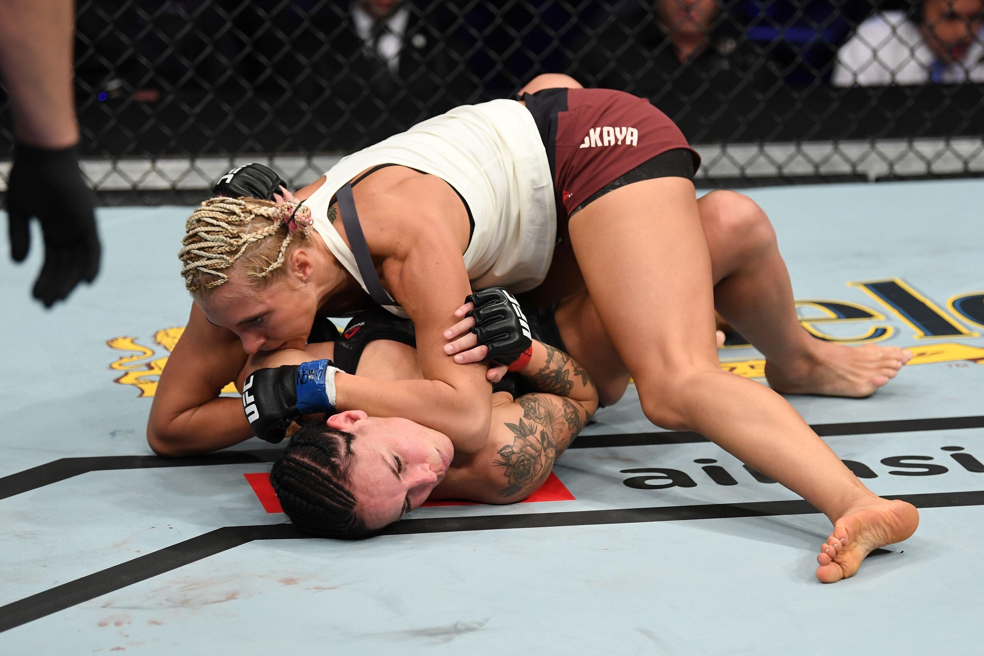UFC 229: Yana Kunitskaya overpowers Lina Lansberg to pick up first UFC win