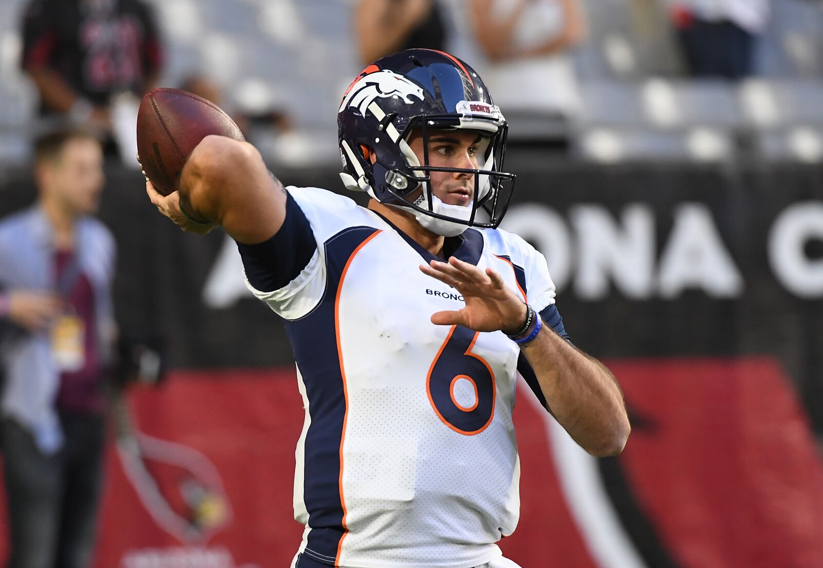 Chad Kelly gets yet another chance with Colts