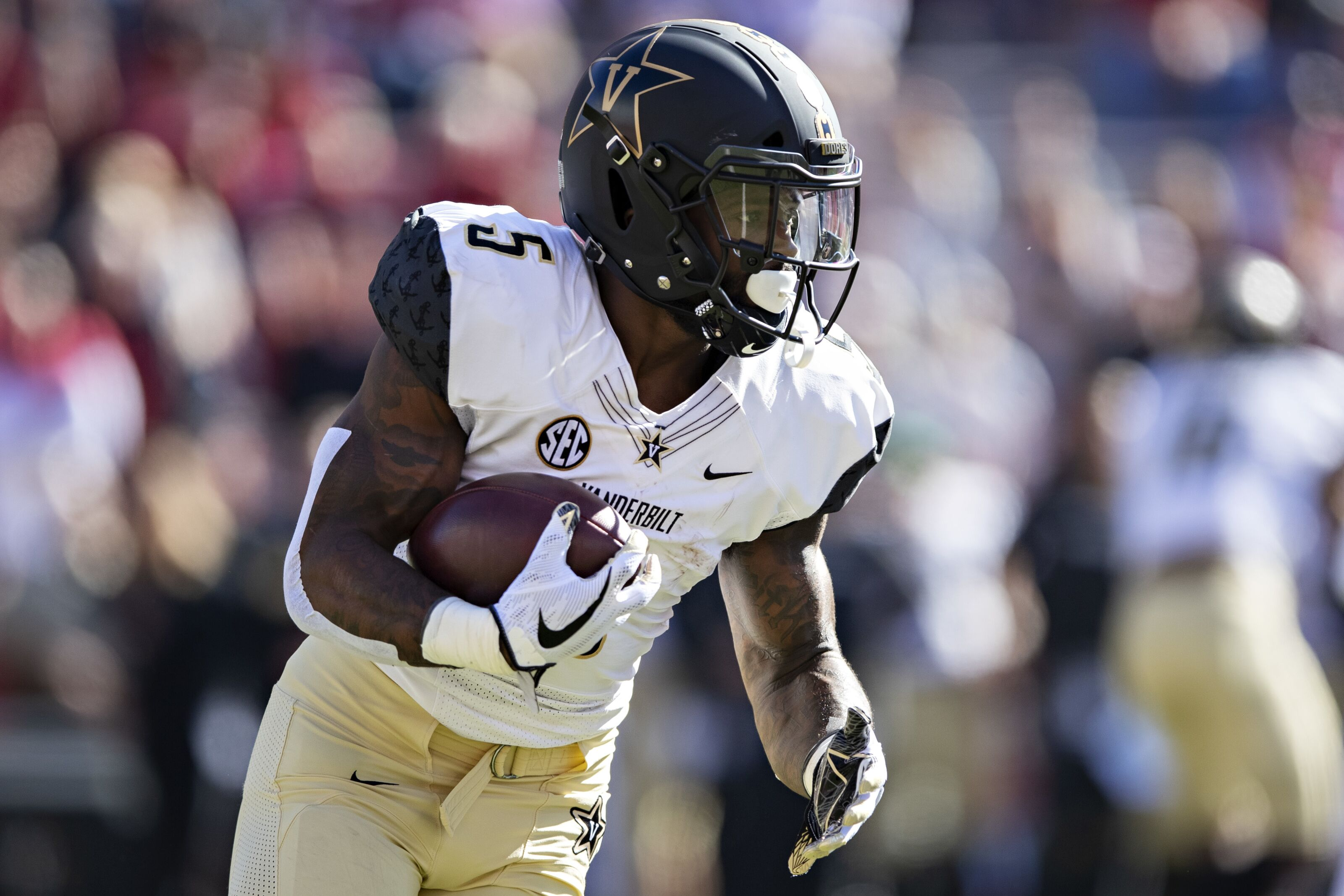 College Football Preview: Top 5 Fantasy Running Backs for 2019