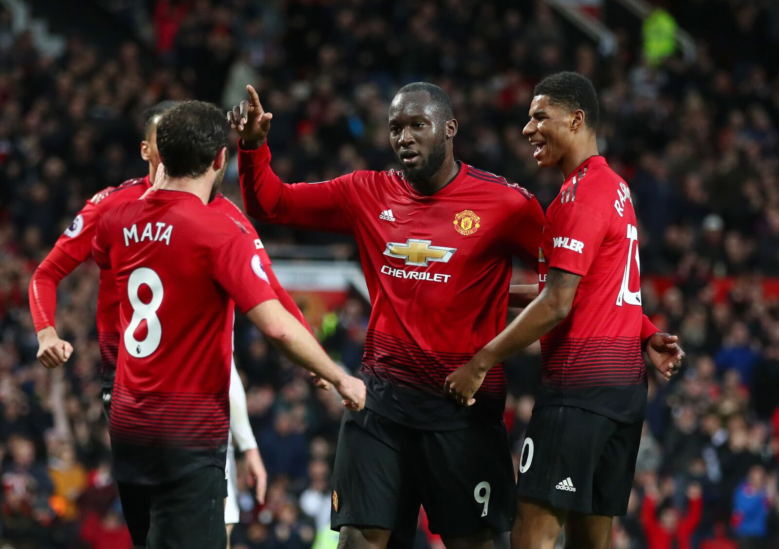 Manchester United vacated the middle to rediscover attacking fluency