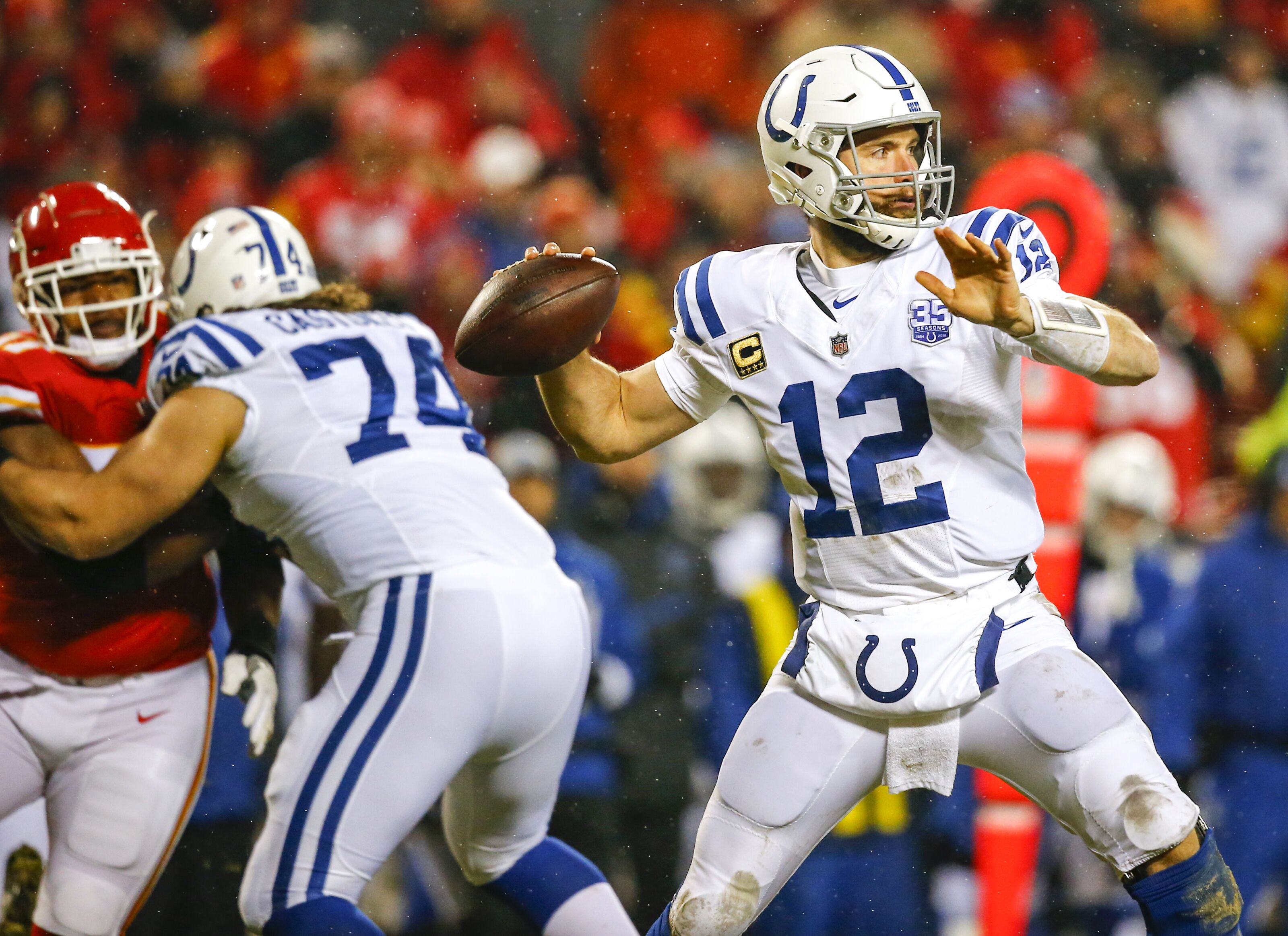 Andrew Luck has quit the Colts, and fans can't believe what is happening