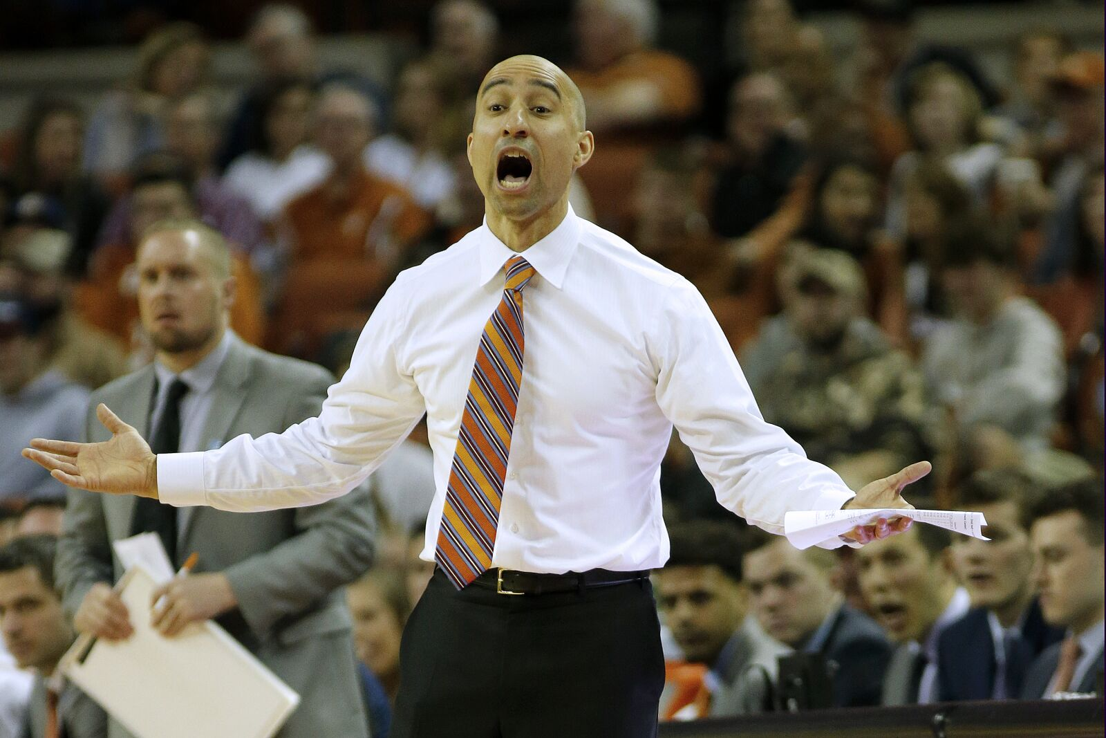 Texas basketball: It's long overdue for Shaka Smart to be fired