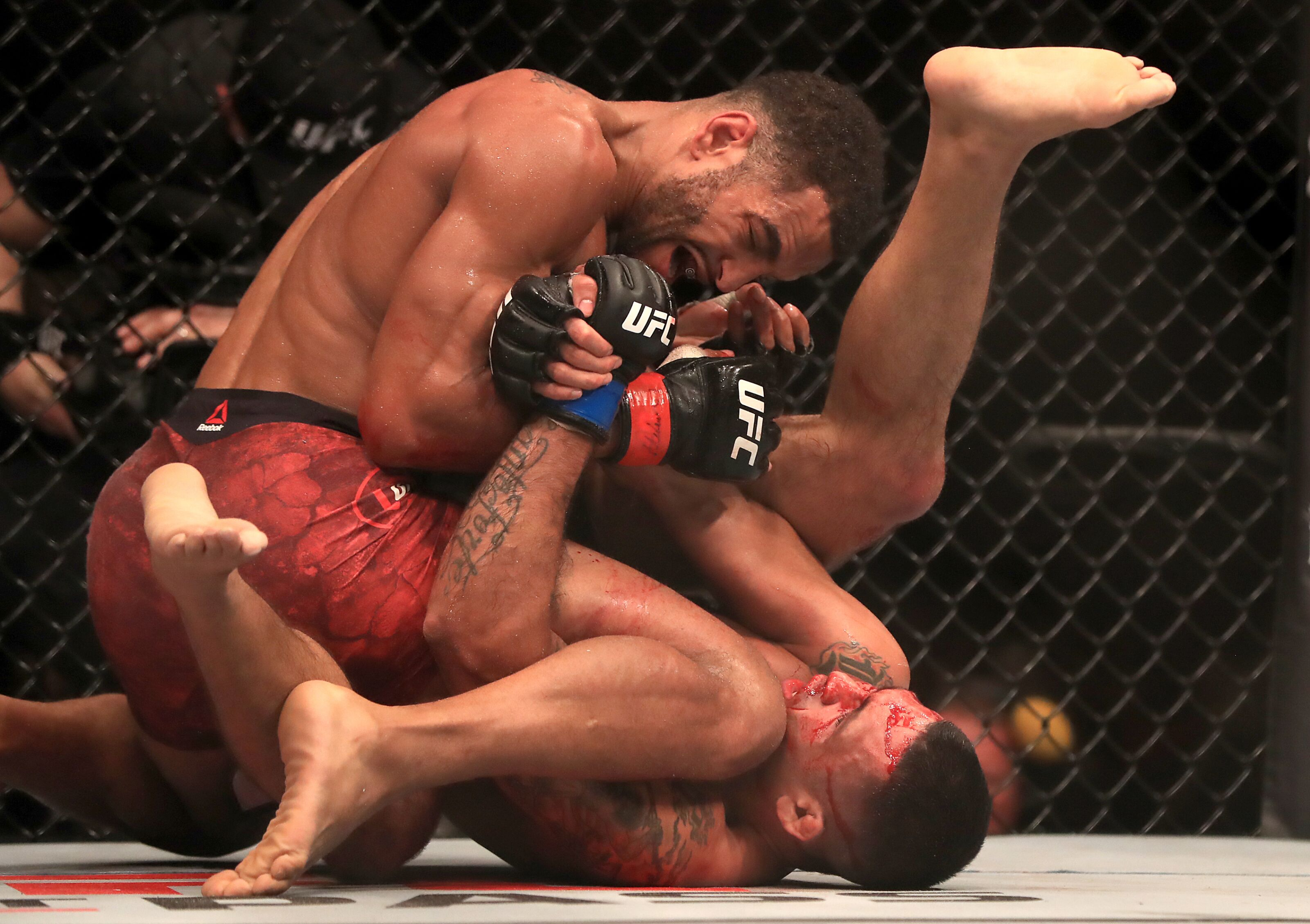 UFC London: Claudio Silva verbally taps Danny Roberts amid controversy