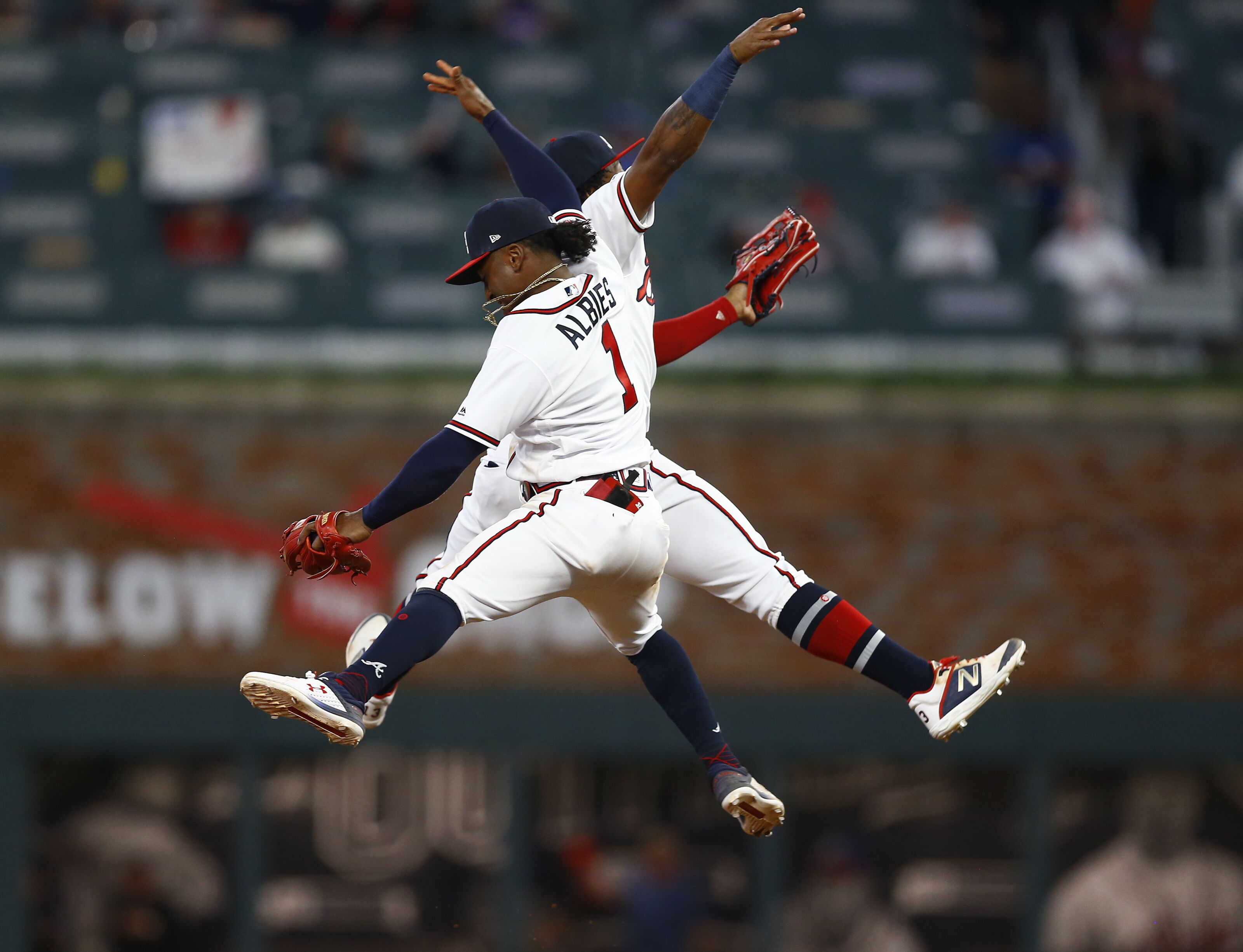 Braves keep young core together by signing Ozzie Albies to extension