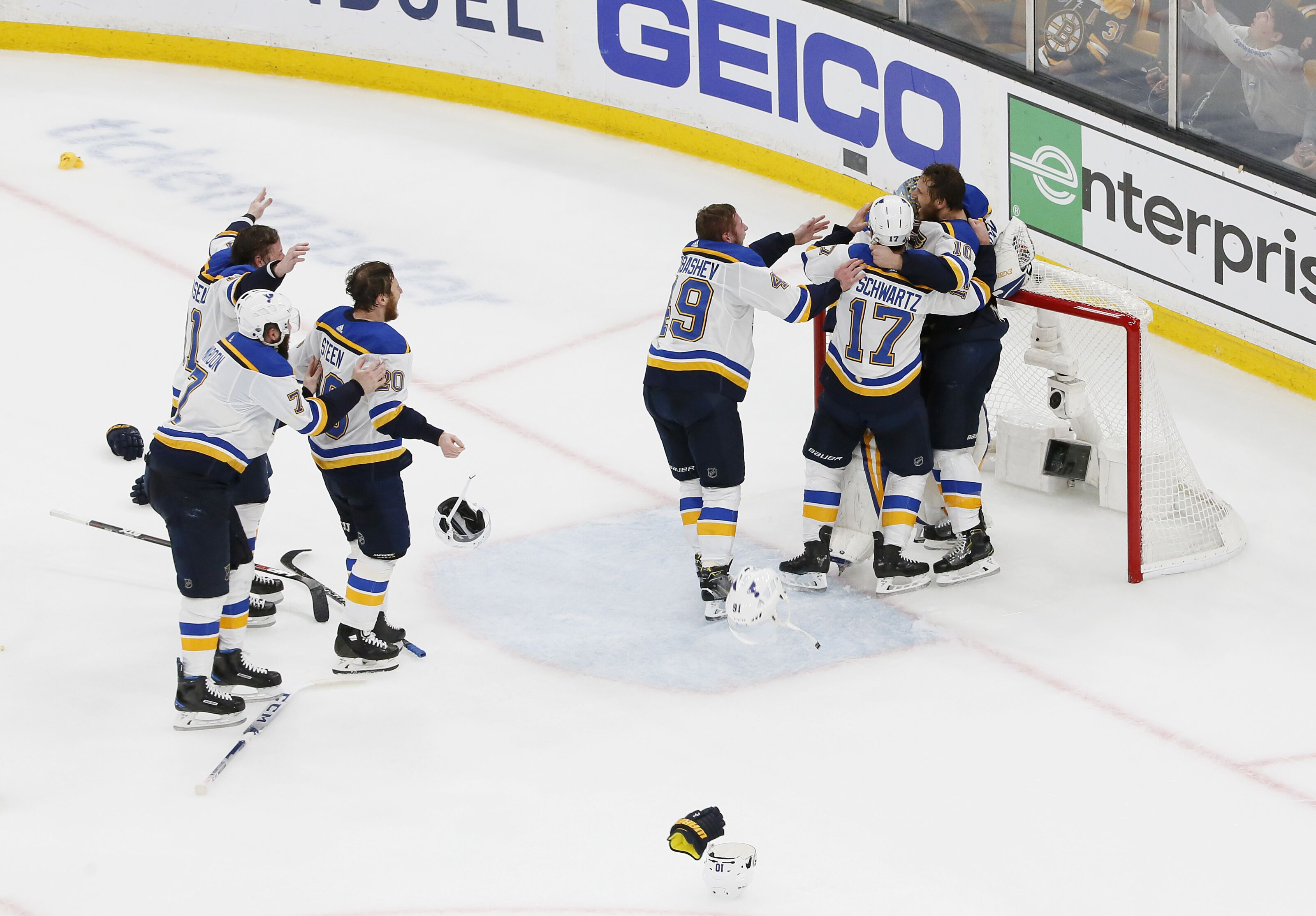 d91d30f71e4 Twitter goes nuts as St. Louis Blues win first Stanley Cup
