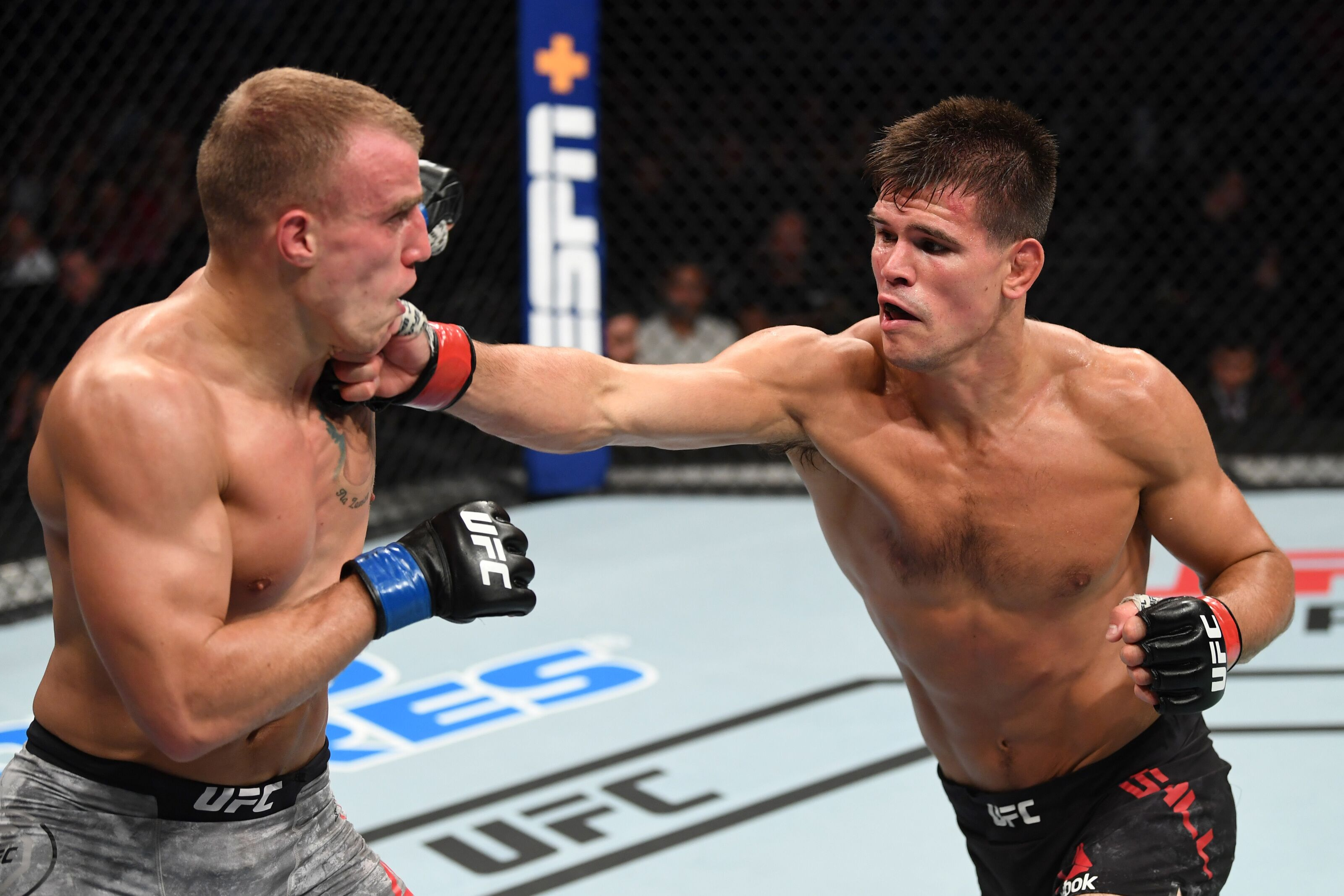 UFC Newark: NJ native Mickey Gall gets decision over Salim Touahri at home