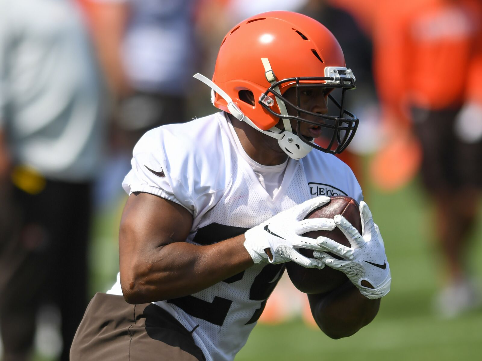 Can Nick Chubb finish as the No. 1 RB in fantasy this year?