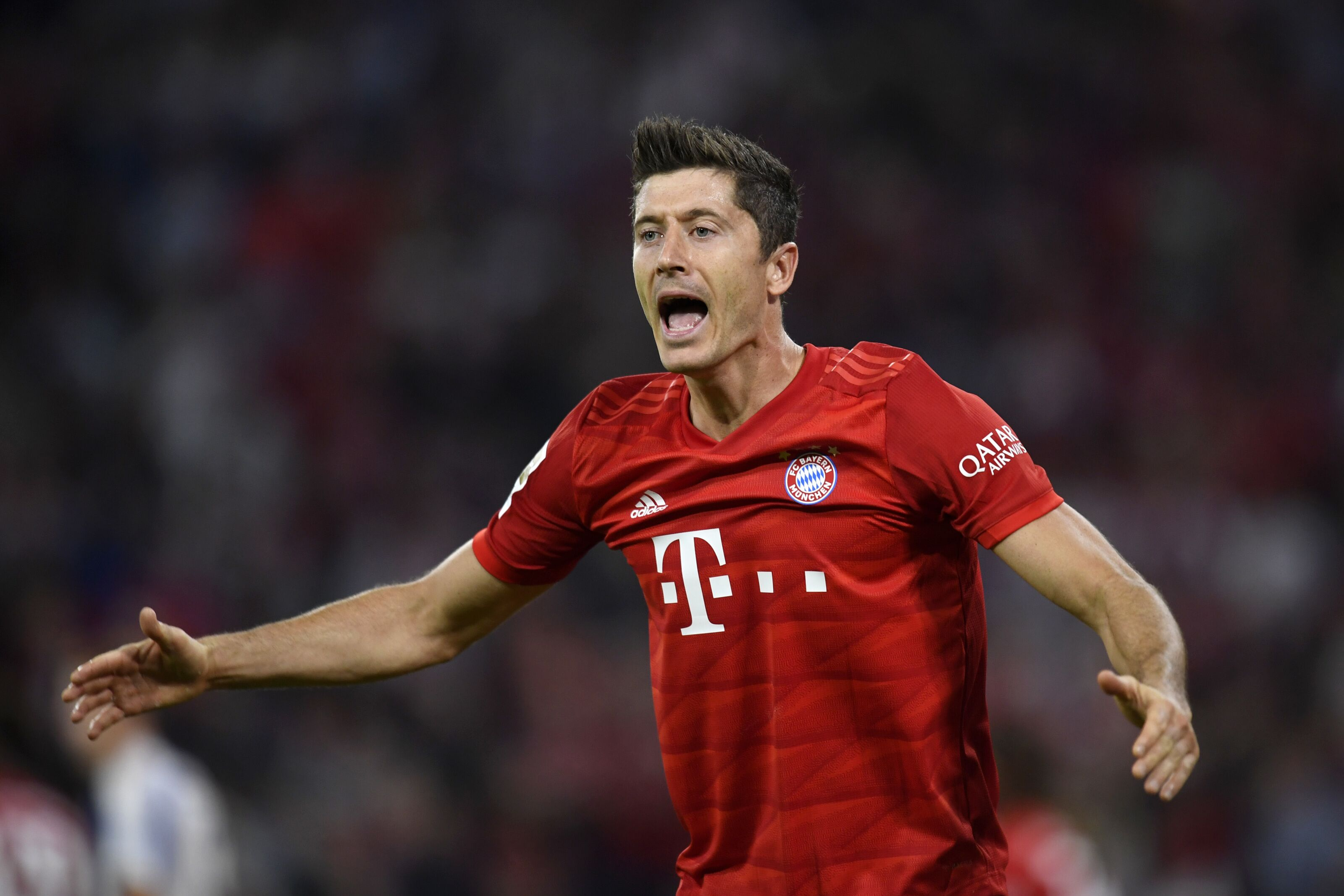 Bayern Munich can't keep being dependent on Robert Lewandowski's goals